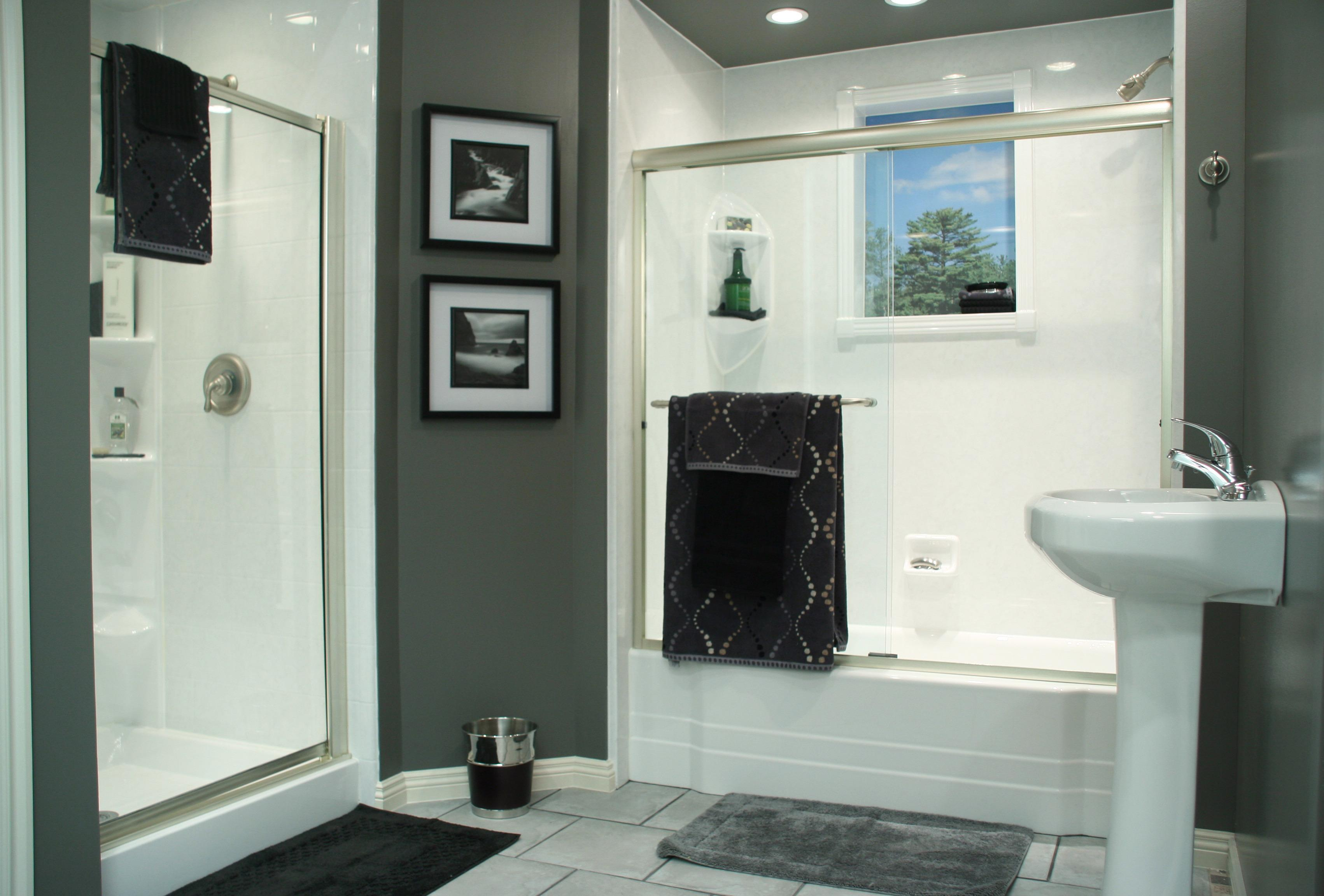 Bathroom remodeling dayton oh bathroom makeovers for Bath remodel dayton ohio