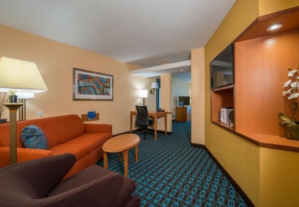 Fairfield Inn & Suites by Marriott Hinesville Fort Stewart image 2