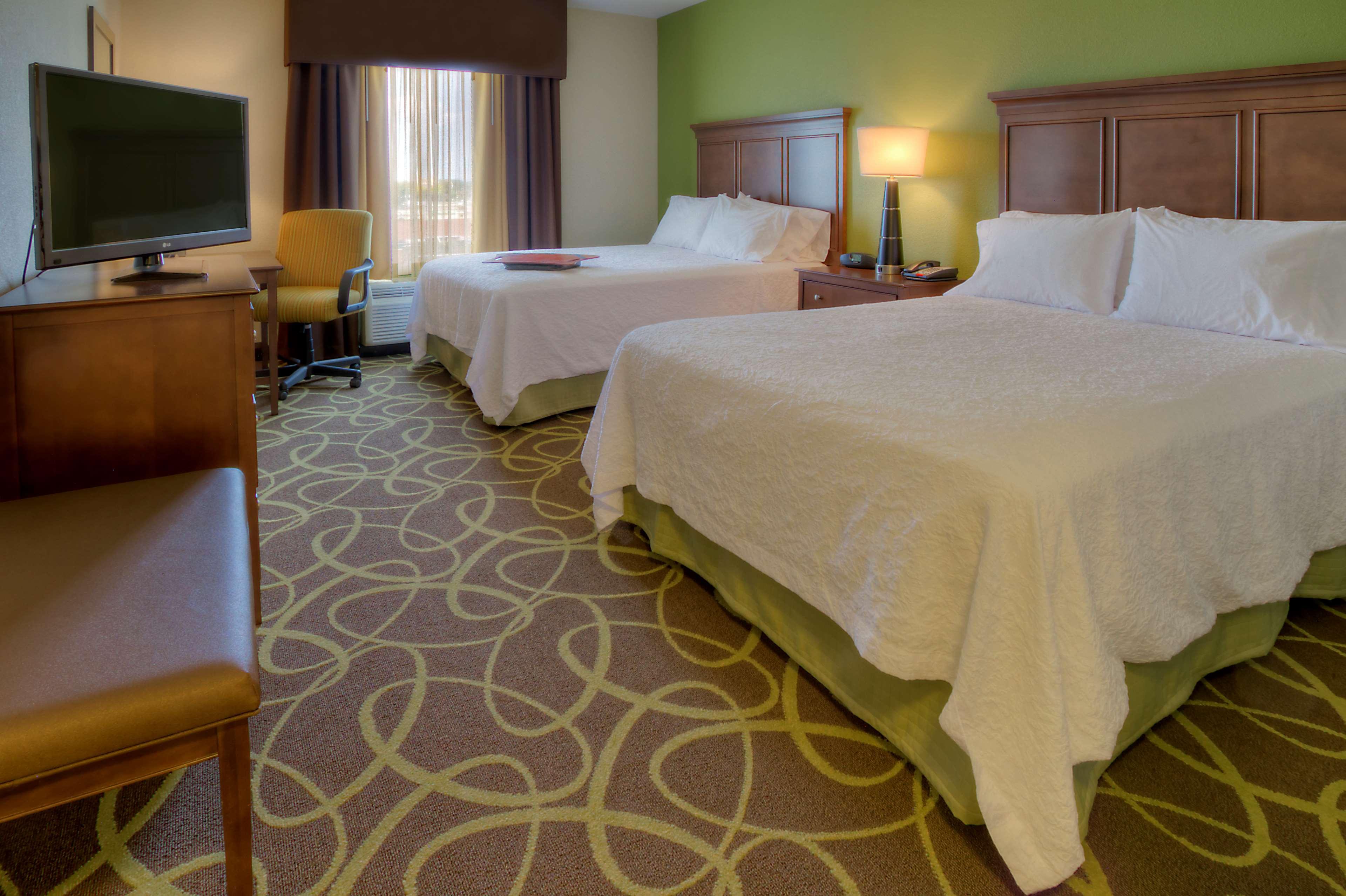 Hampton Inn & Suites Rochester/Henrietta image 19