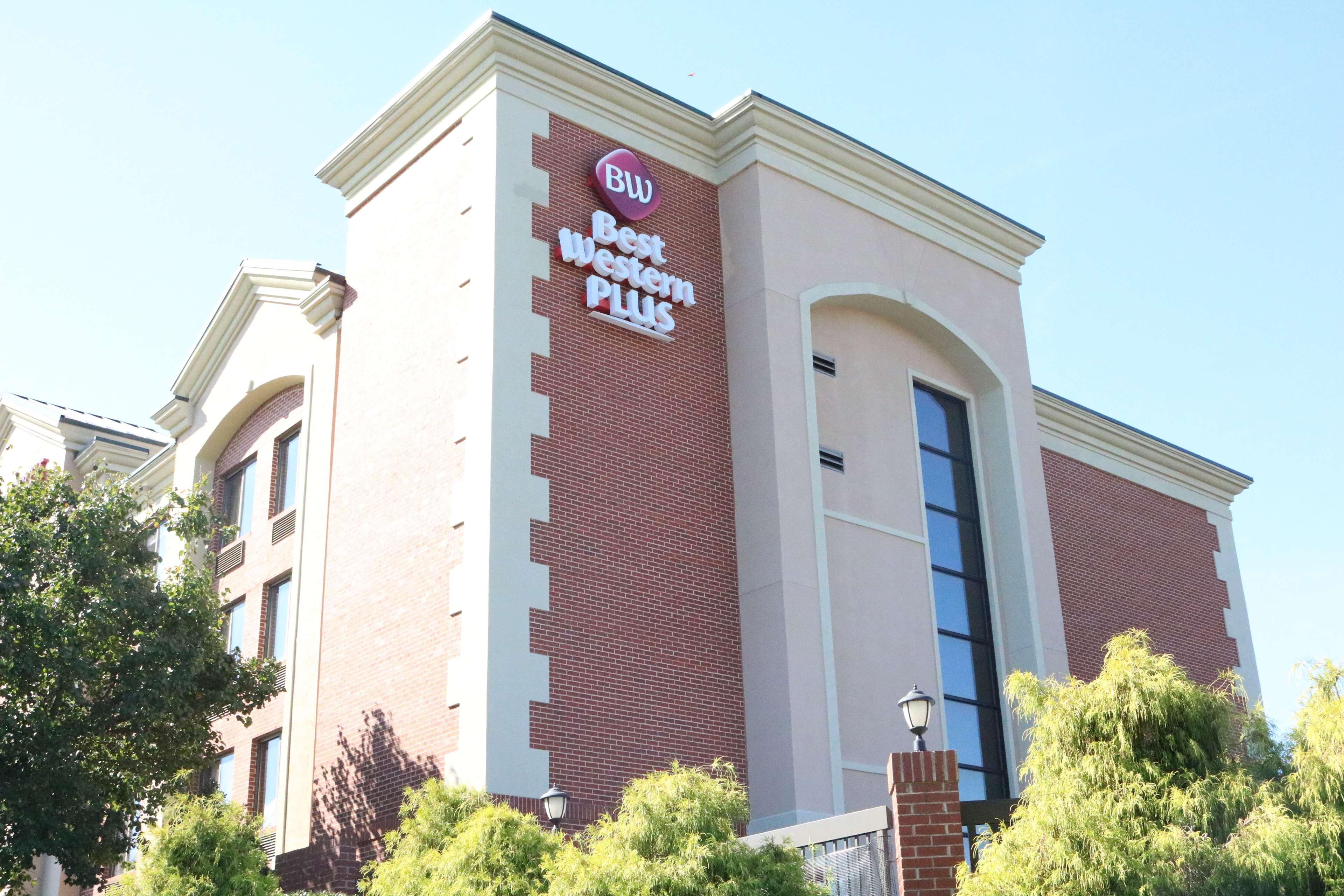 Best Western Plus Greensboro Airport Hotel image 0