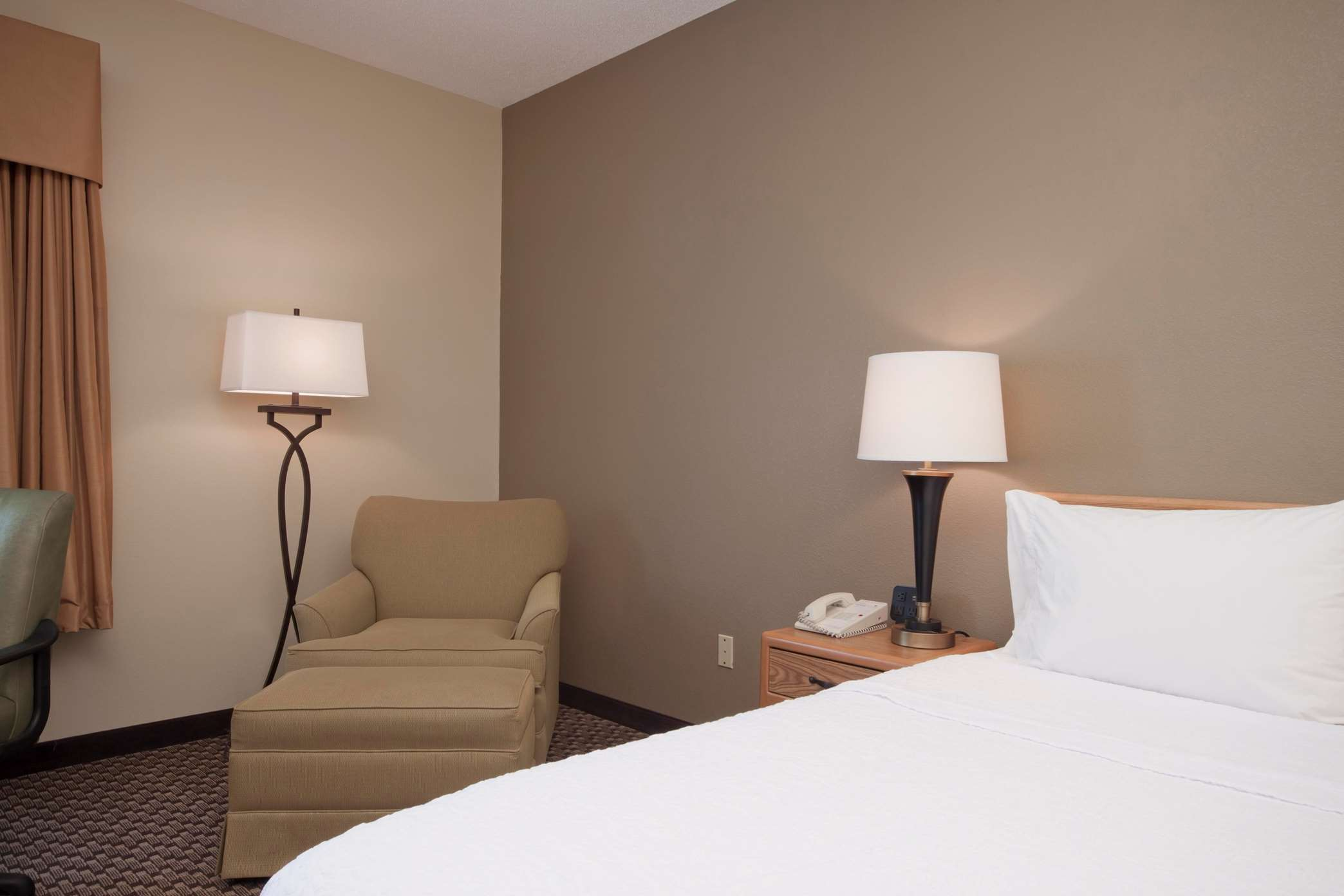 King Accissible Hotel Room