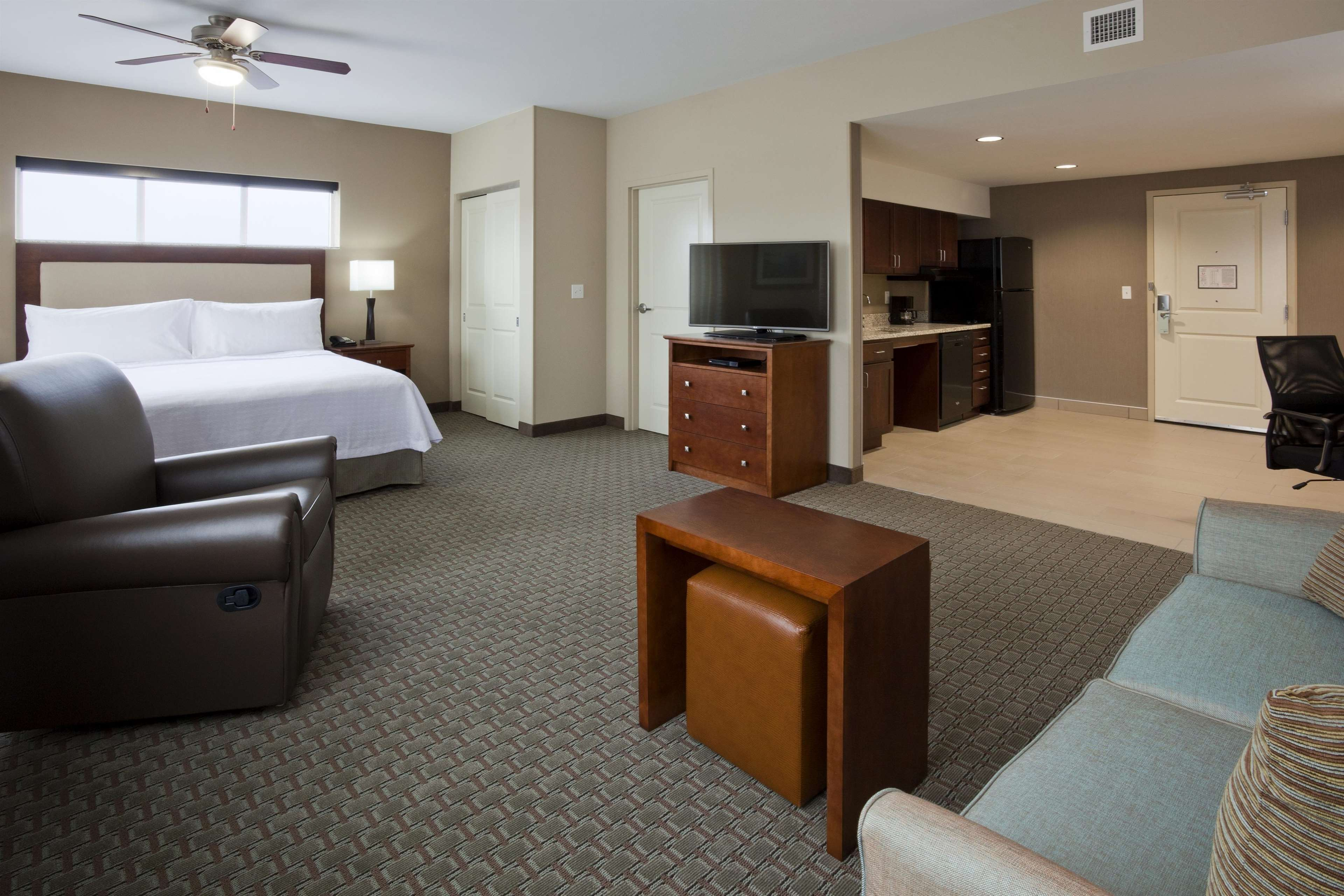 Homewood Suites by Hilton Rochester Mayo Clinic Area/ Saint Marys image 14