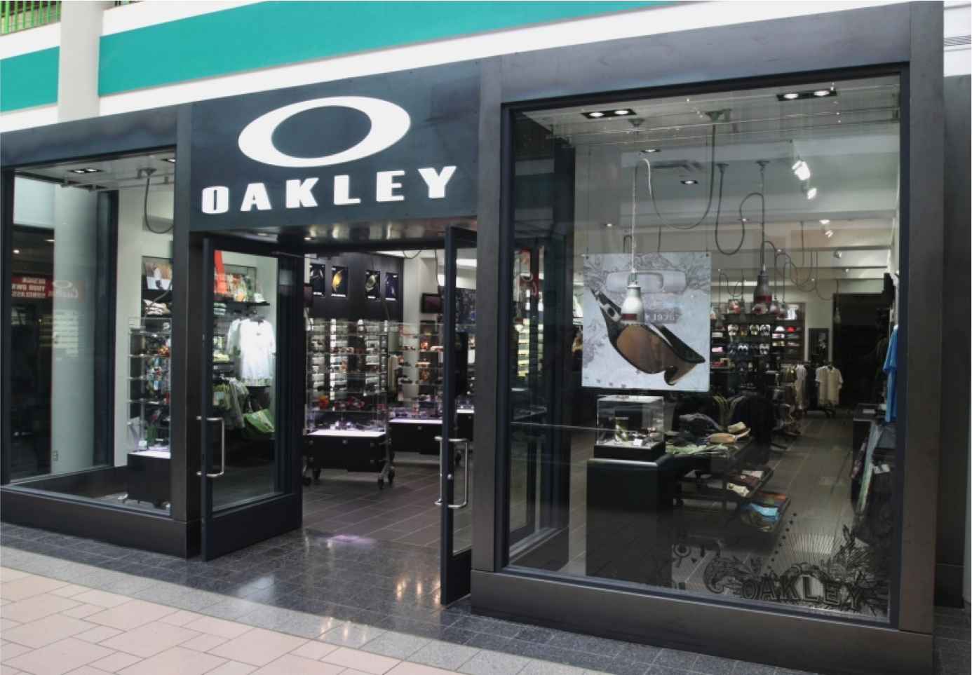 oakley store in syracuse ny 315 422 2. Black Bedroom Furniture Sets. Home Design Ideas