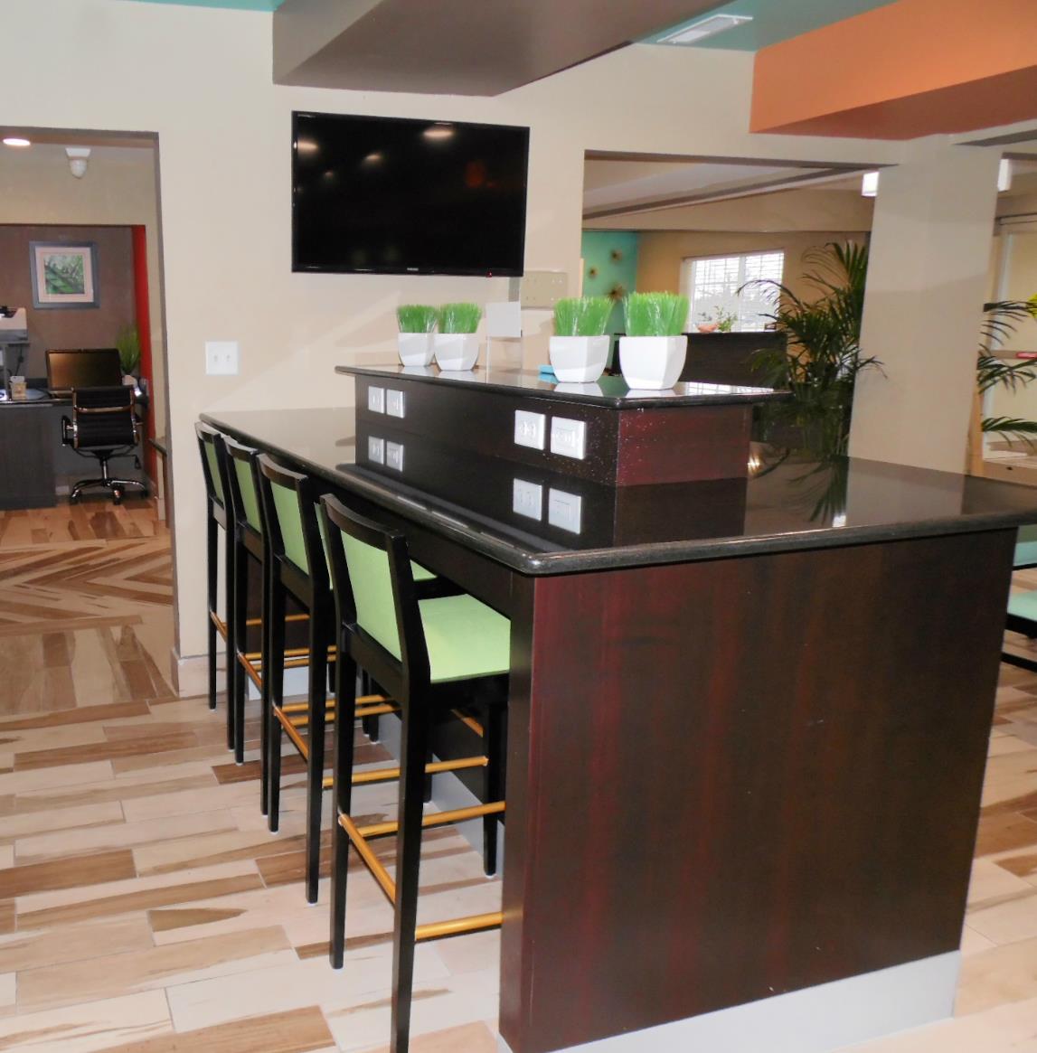 Best Western Plus Elizabeth City Inn & Suites image 40