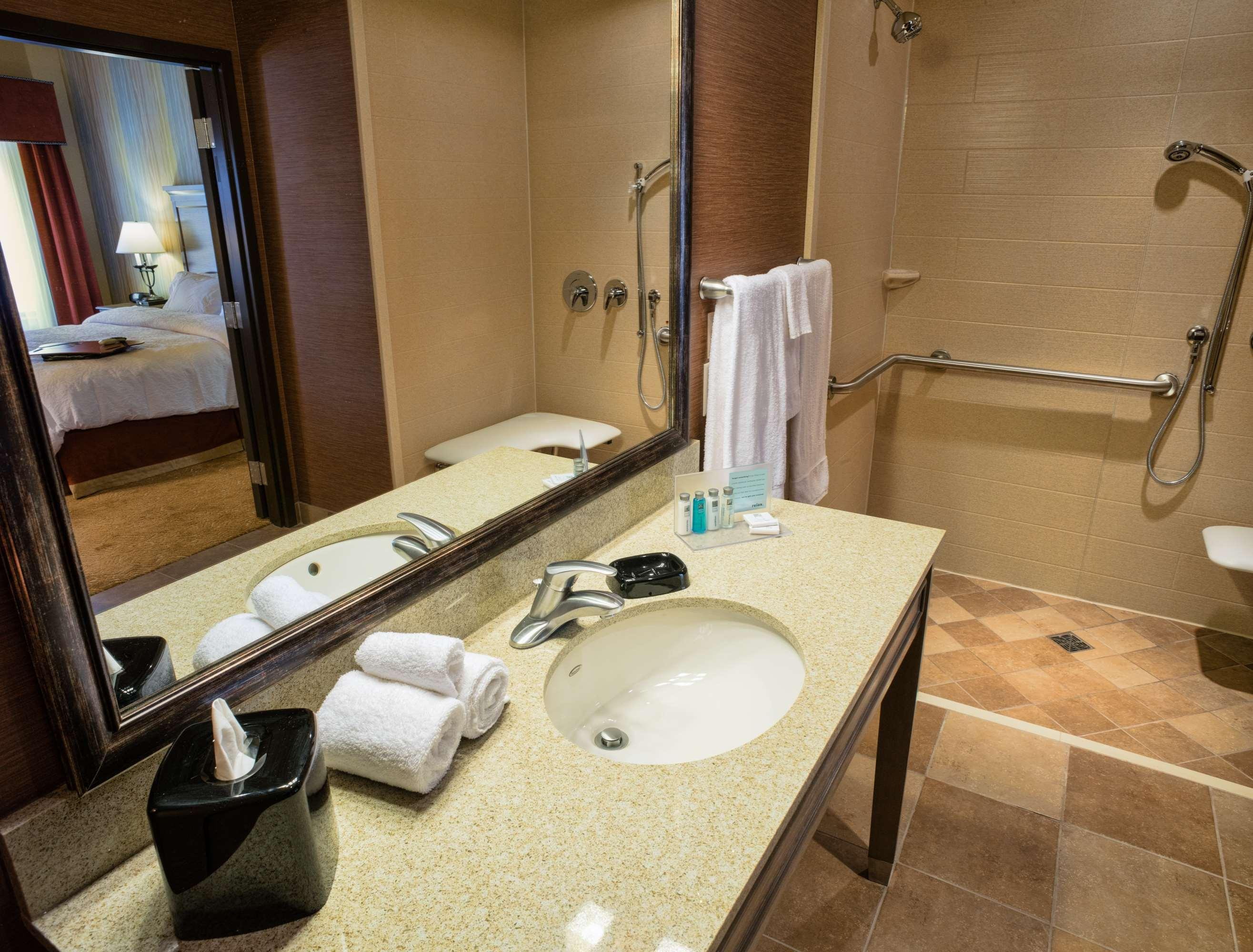 Hampton Inn & Suites Springdale/Zion National Park image 20