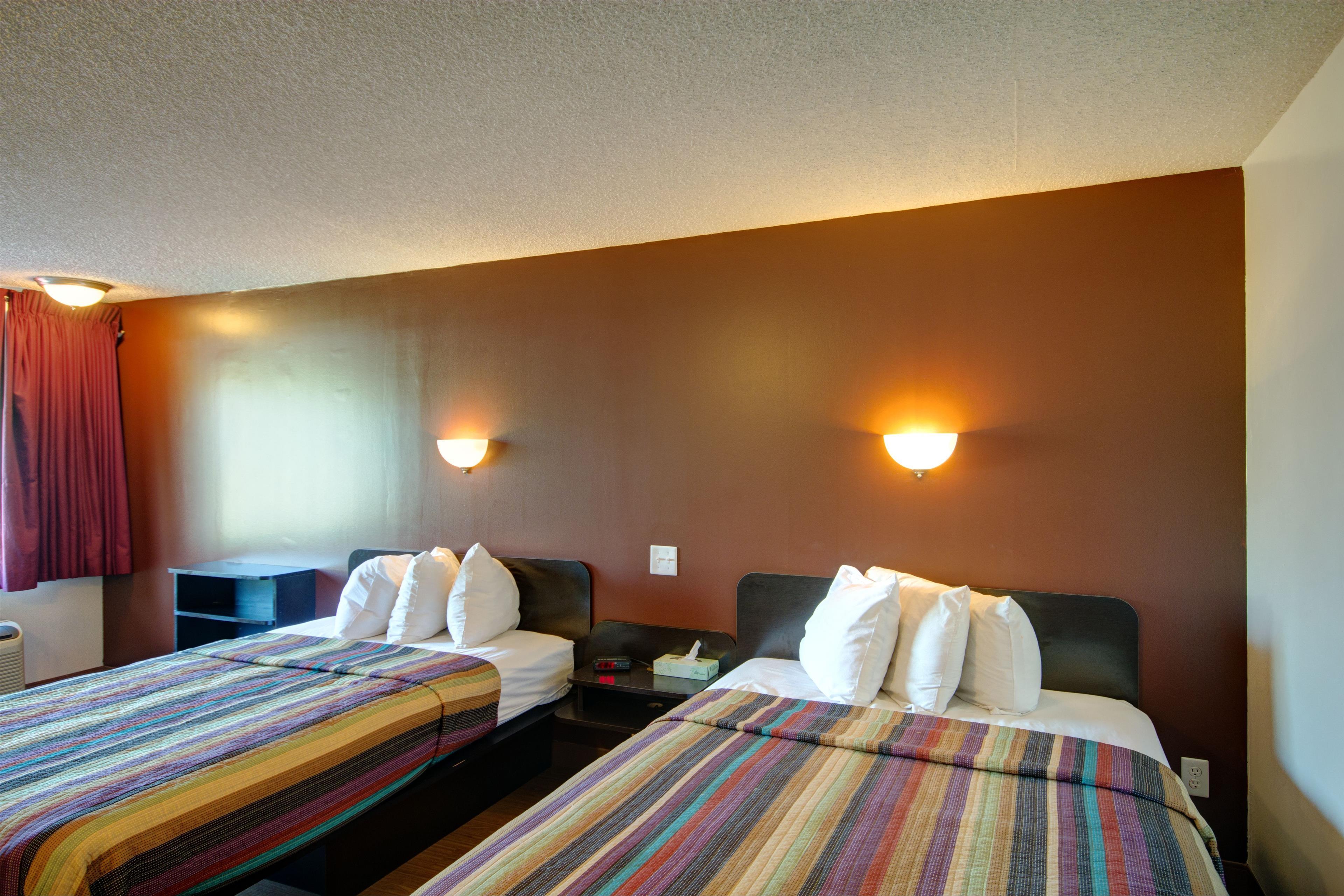 Americas Best Value Inn - Heath/Newark image 15