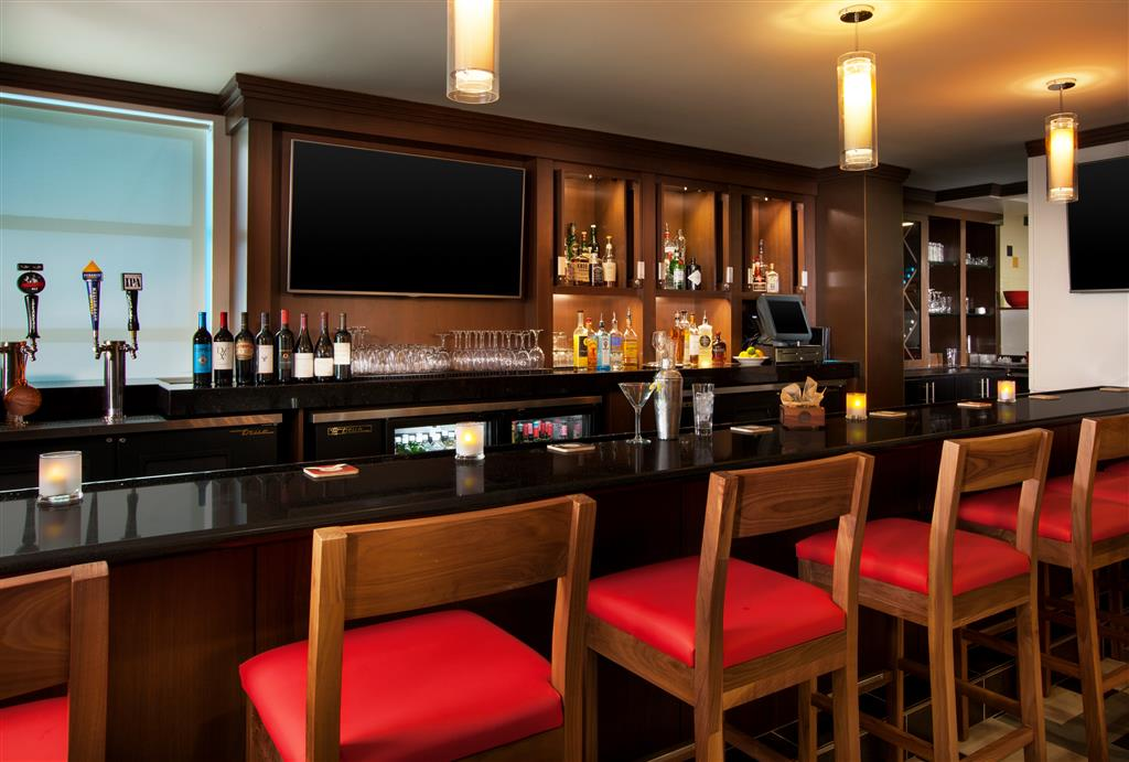 Four Points by Sheraton Hotel & Suites San Francisco Airport image 7