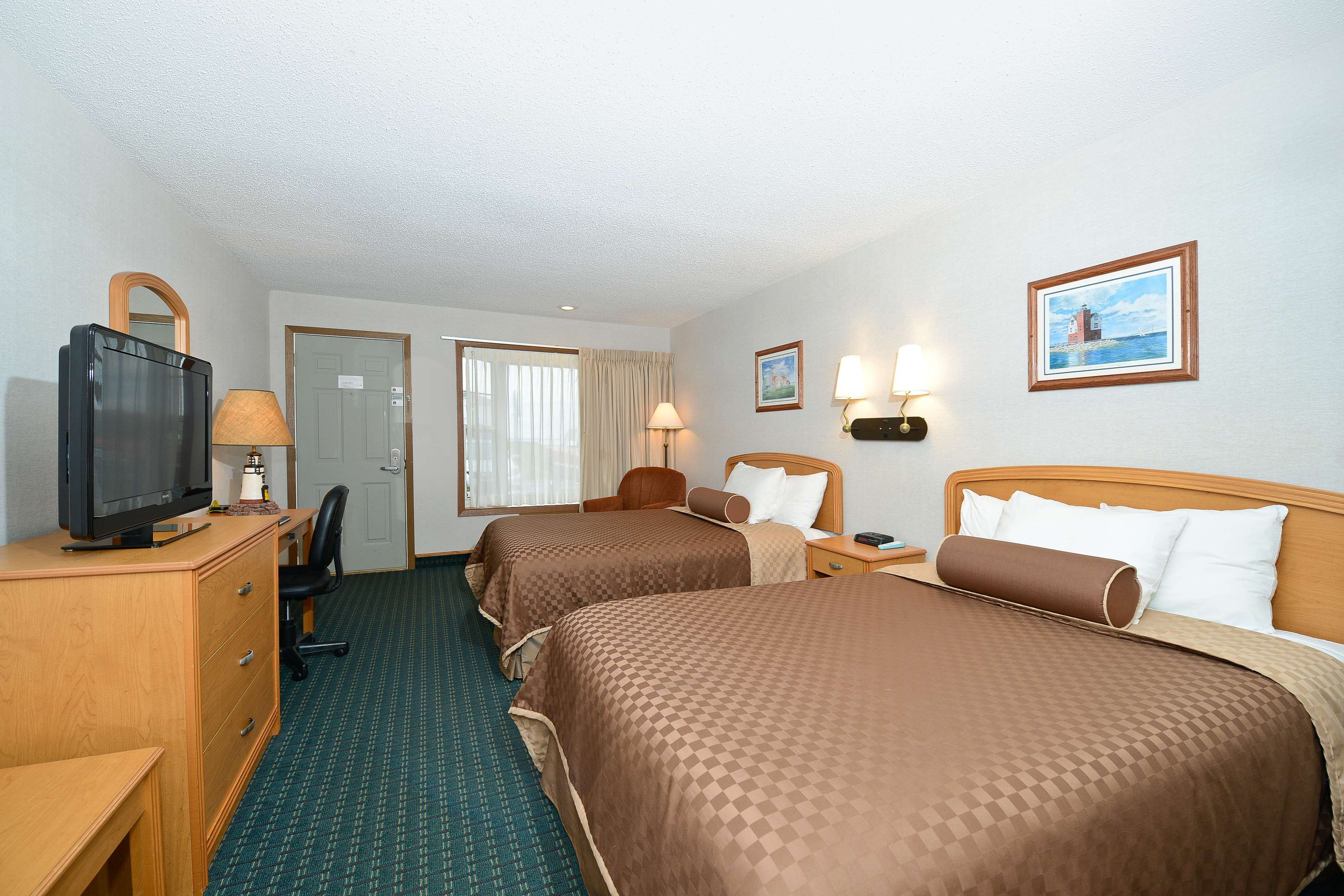 Best Western Harbour Pointe Lakefront image 46