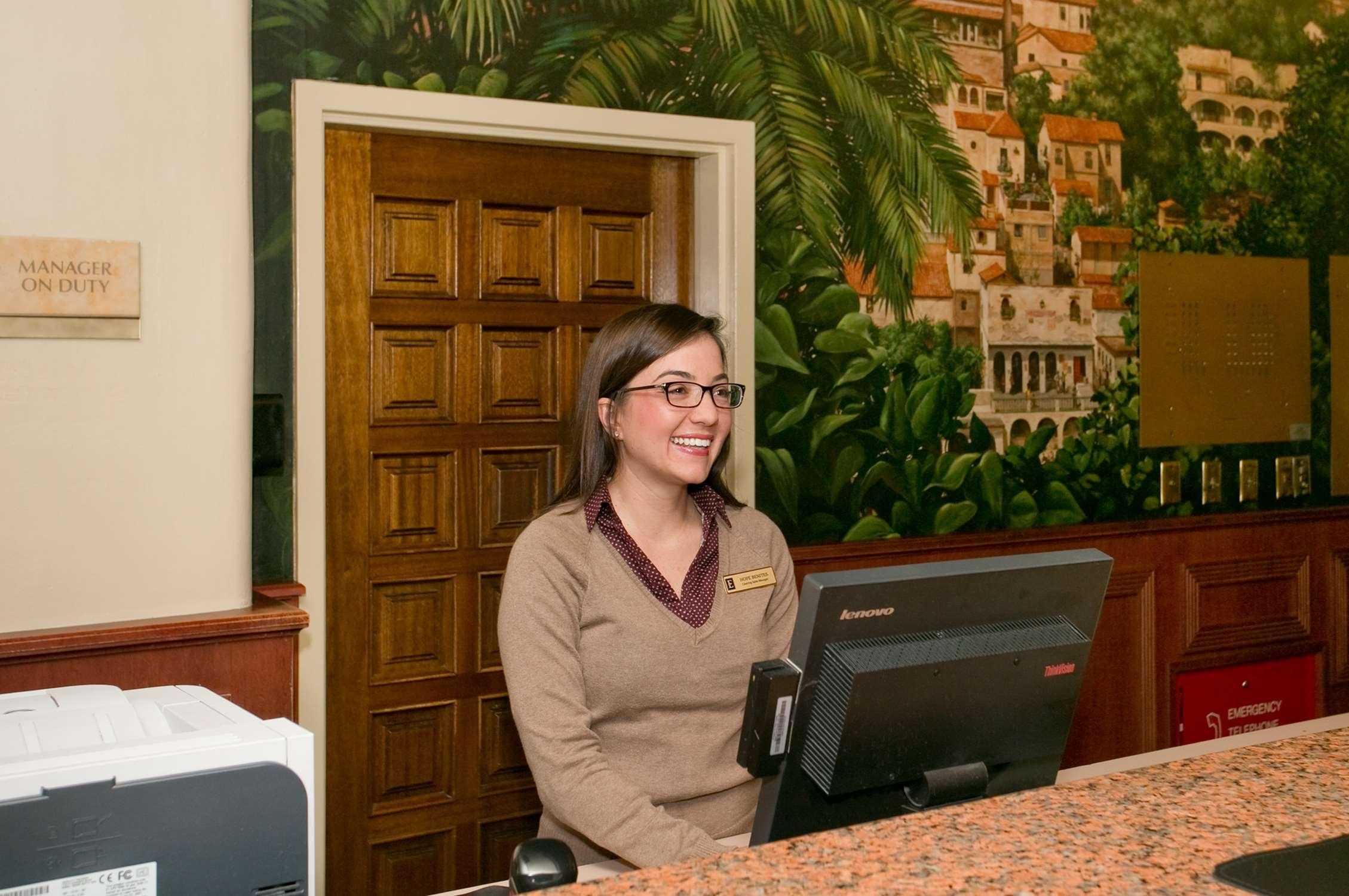 Embassy Suites by Hilton Arcadia Pasadena Area image 6
