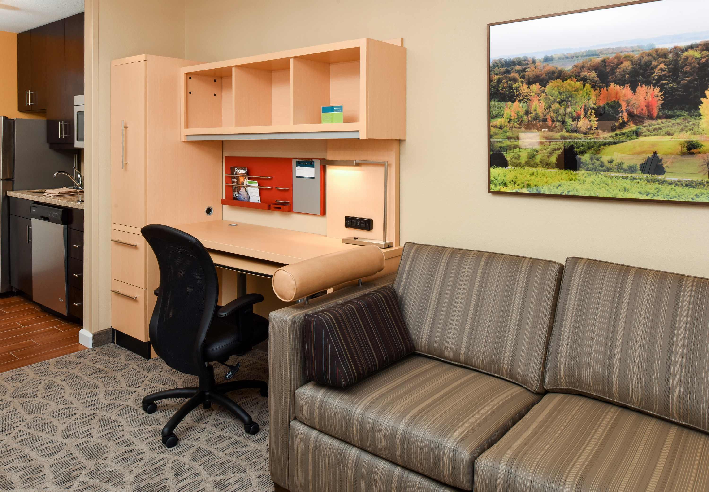 TownePlace Suites by Marriott Detroit Commerce image 0