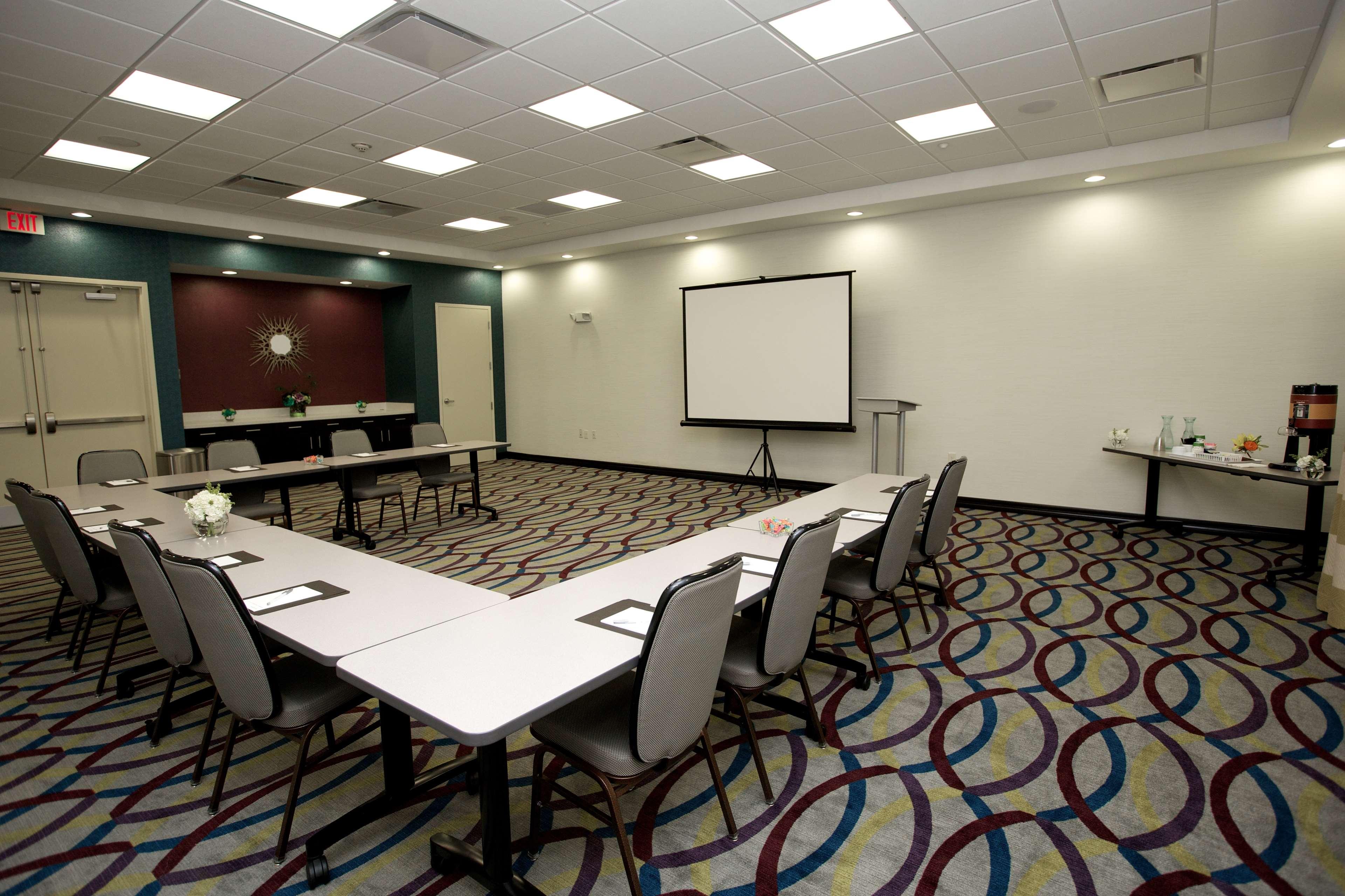 Hampton Inn & Suites Missouri City, TX image 41