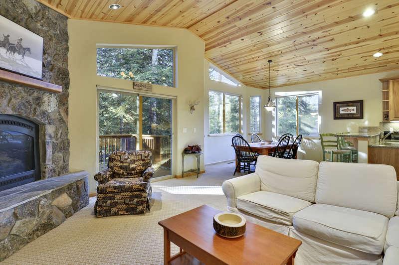 Tahoe Signature Properties image 25