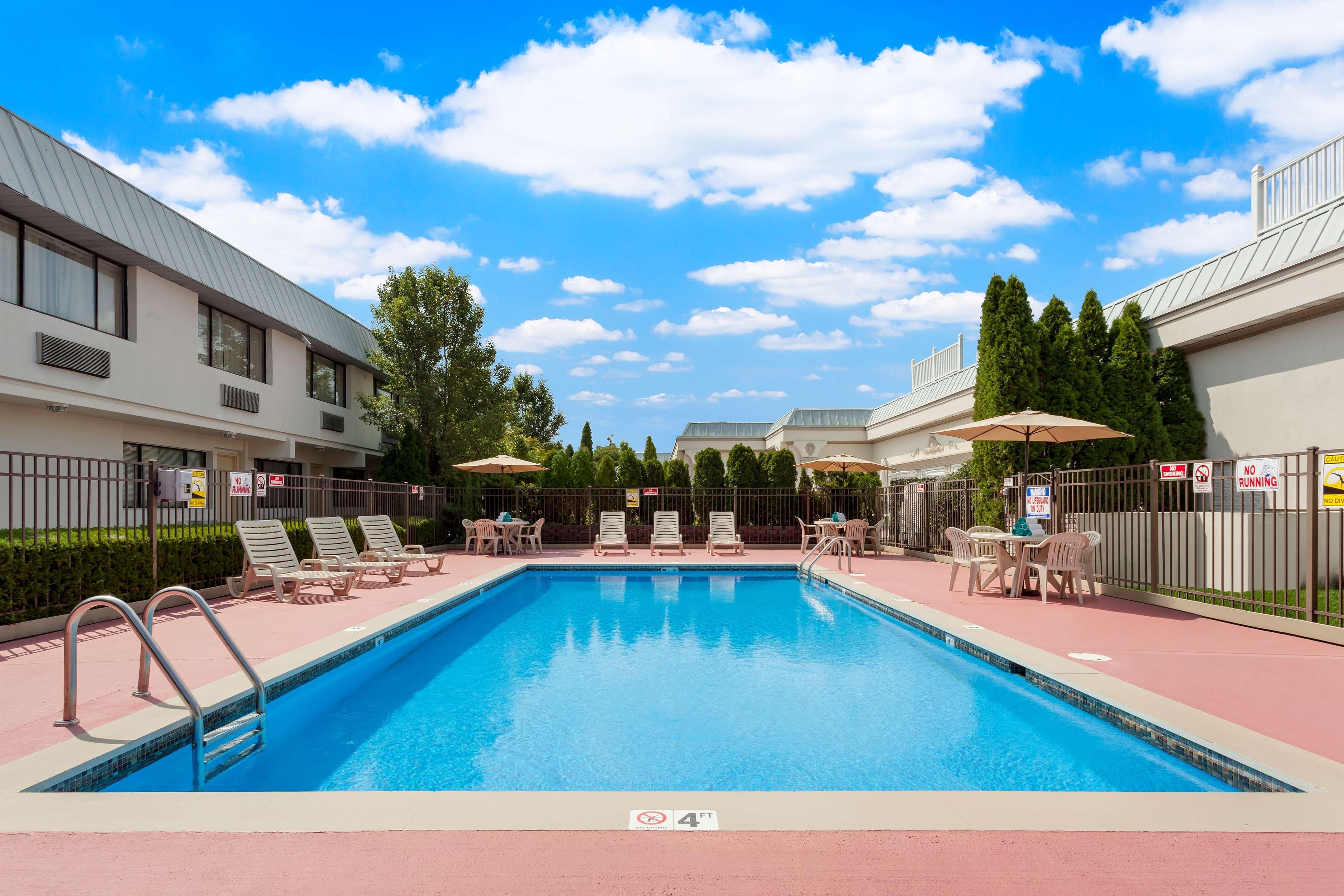 Best Western Leisure Inn image 2