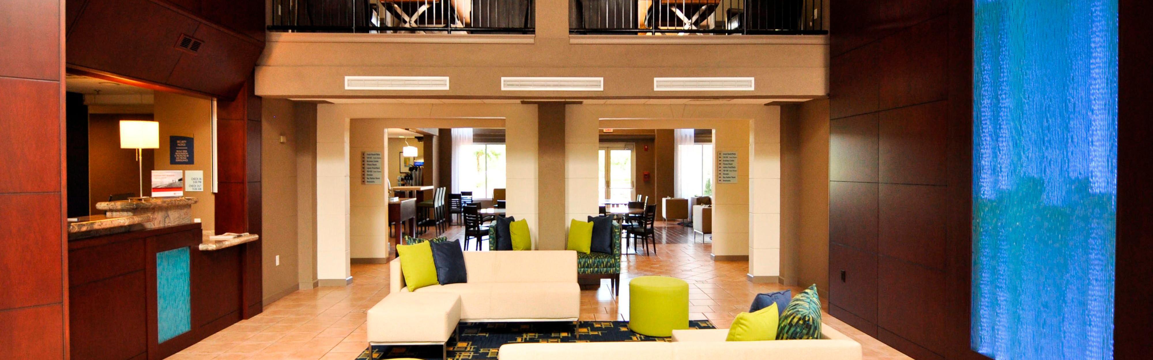 Holiday Inn Express & Suites Port Clinton-Catawba Island image 0