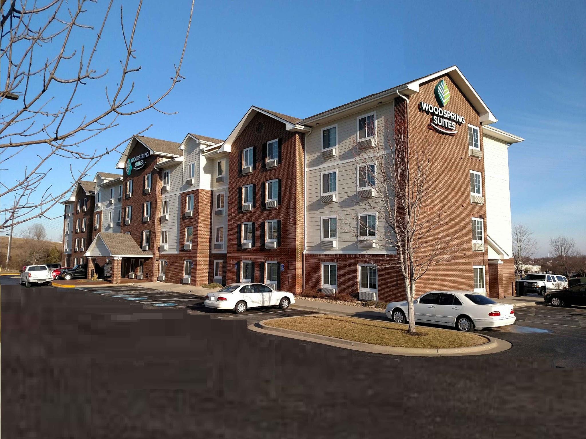 WoodSpring Suites Kansas City Lenexa image 21