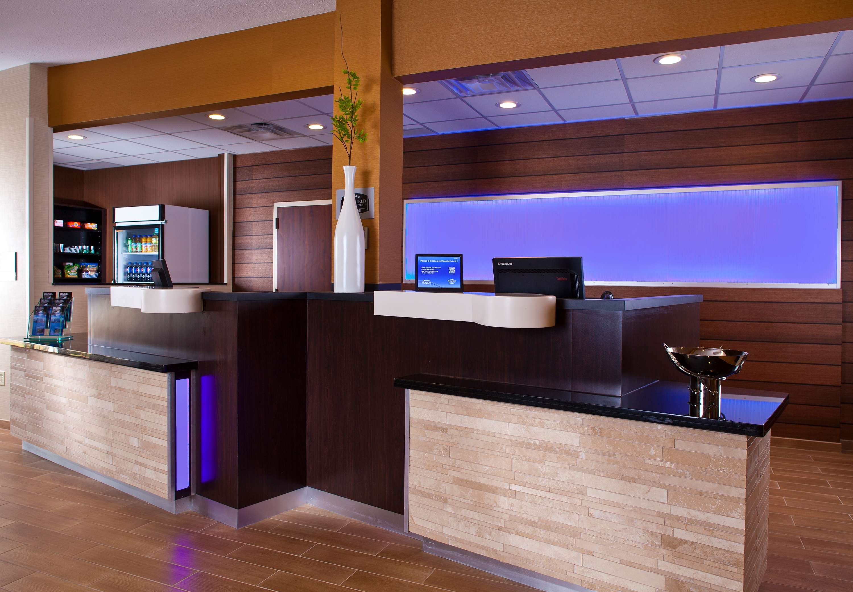 Fairfield Inn & Suites by Marriott Houston Hobby Airport image 11