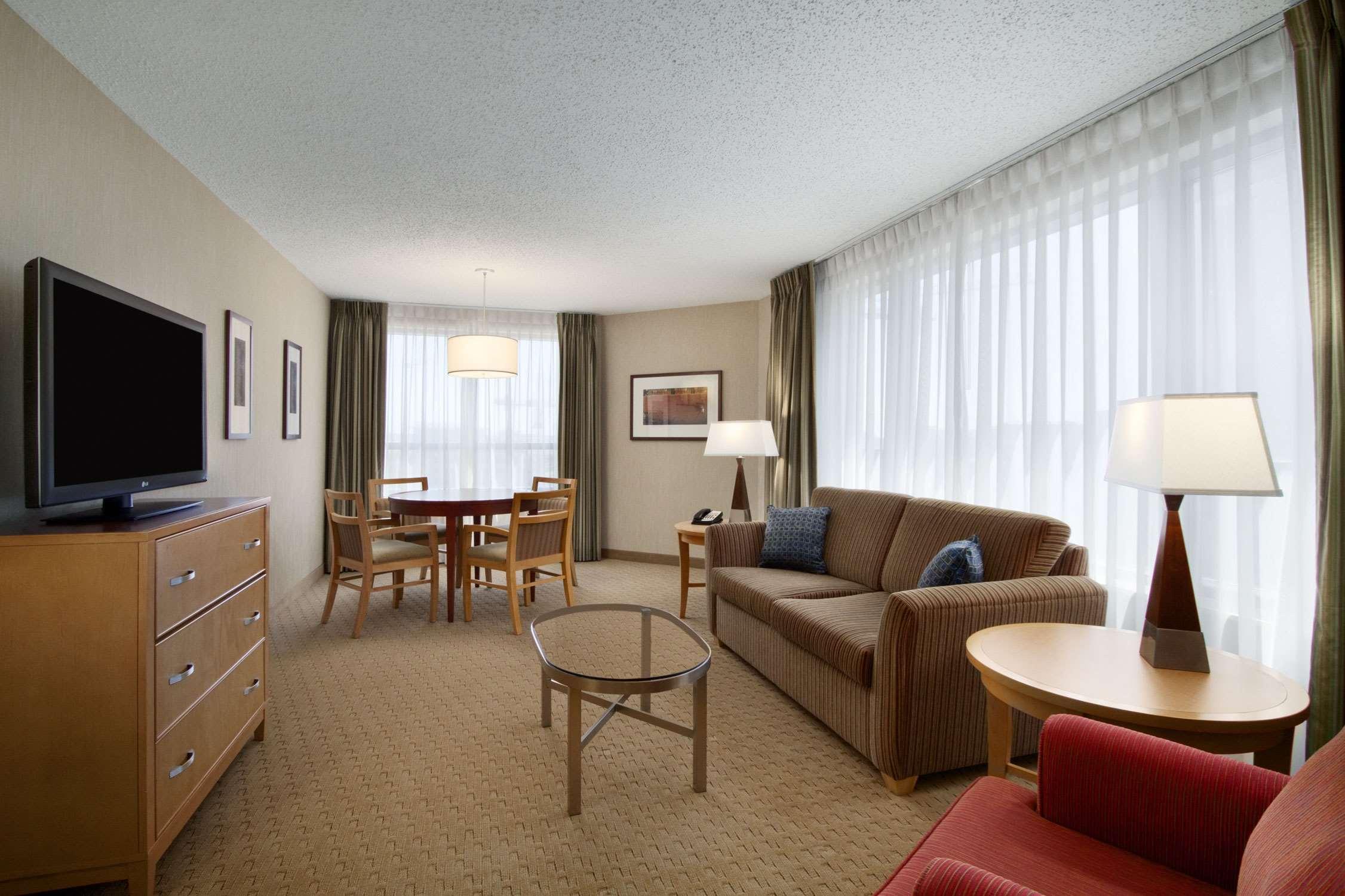 Embassy Suites by Hilton Washington DC Convention Center image 24