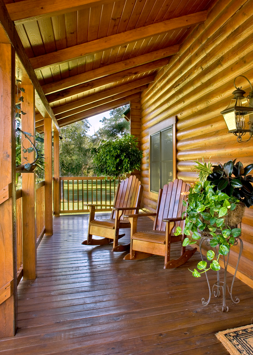 Florida Log Home Staining image 5