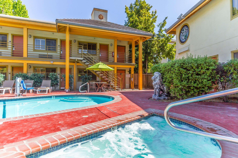 Comfort Inn in Santa Cruz, CA, photo #36