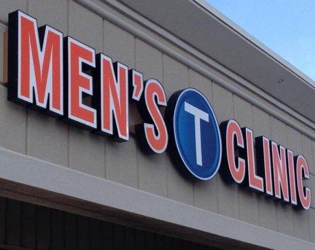 Men's T-Clinic image 0