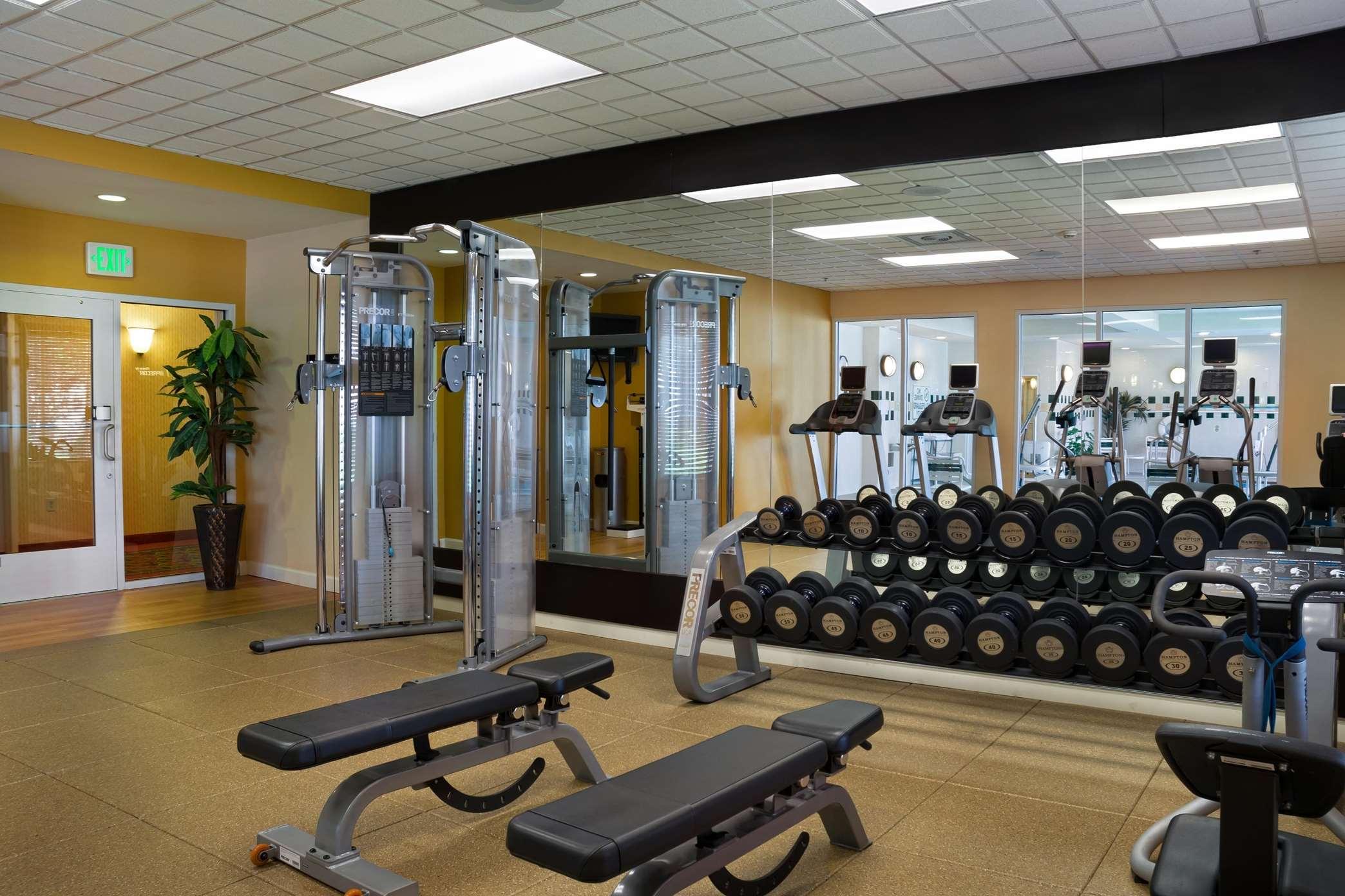Hilton Garden Inn Newport News image 14