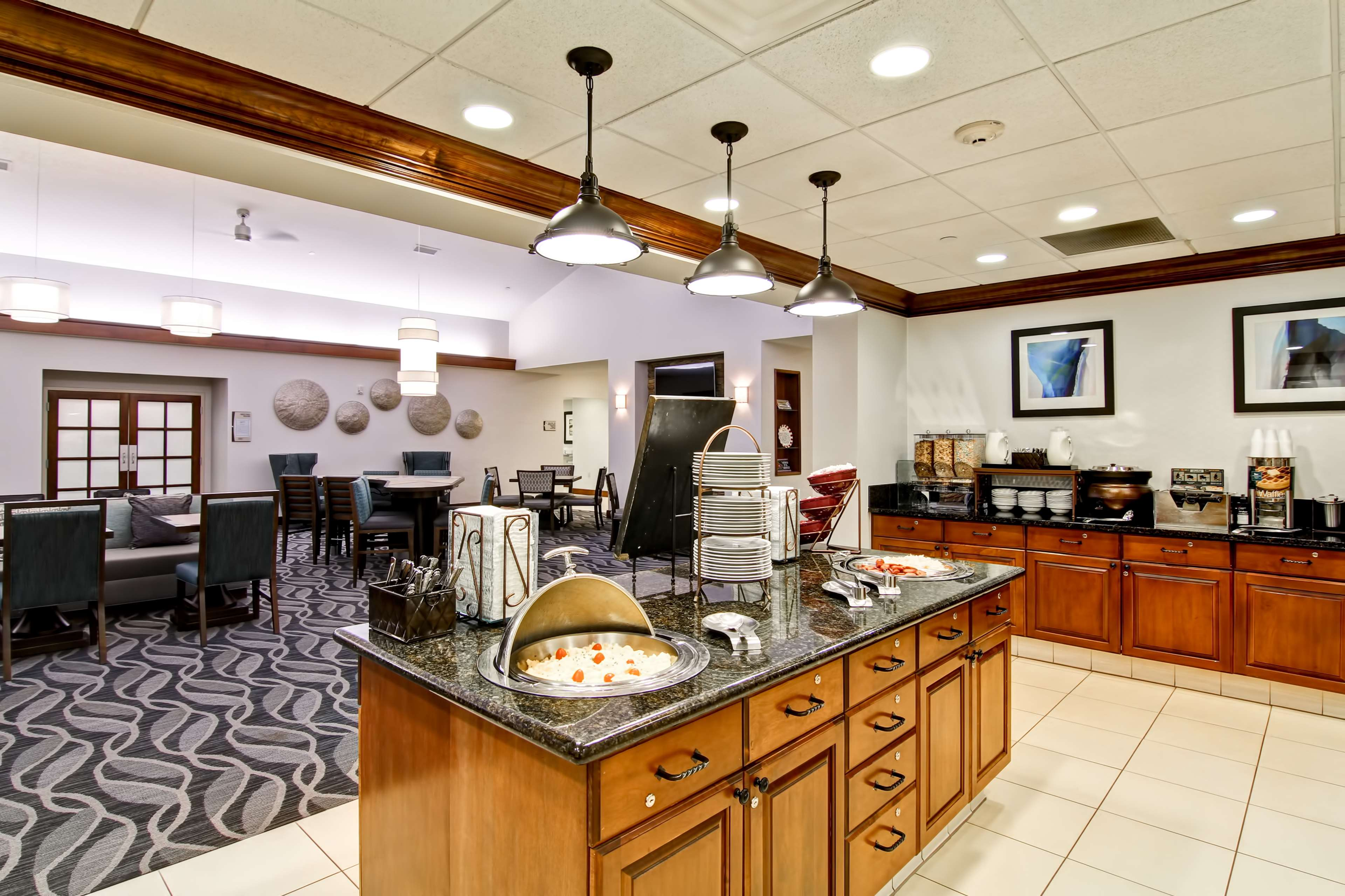 Homewood Suites by Hilton Bentonville-Rogers image 9