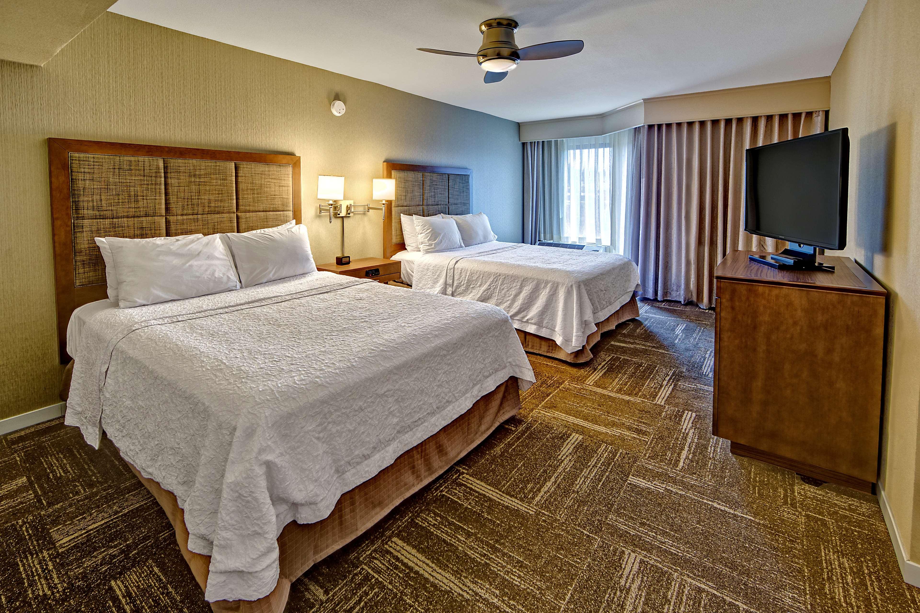 Hampton Inn & Suites Asheville-I-26 image 35