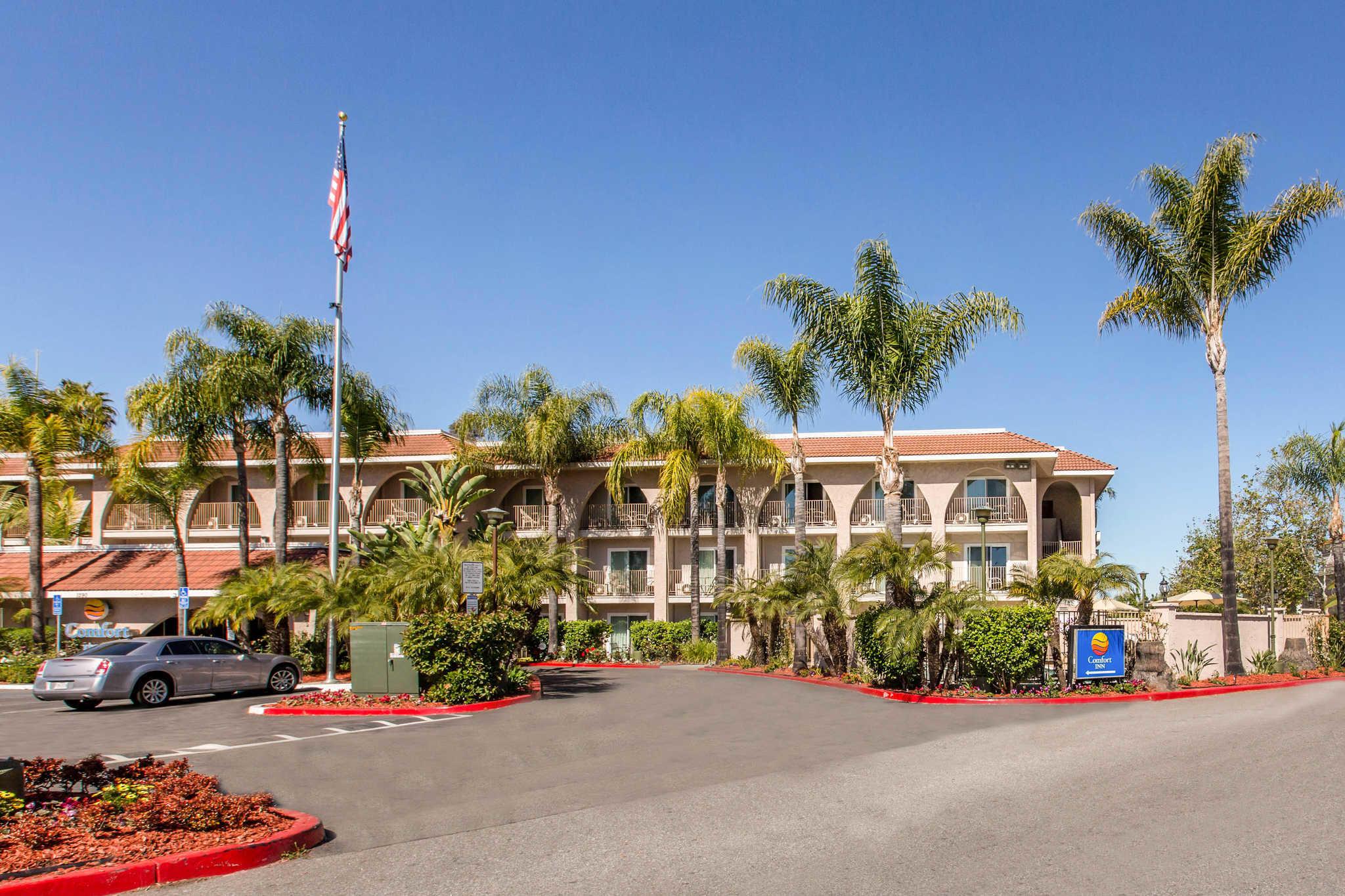 Comfort Inn Escondido San Diego North County image 0