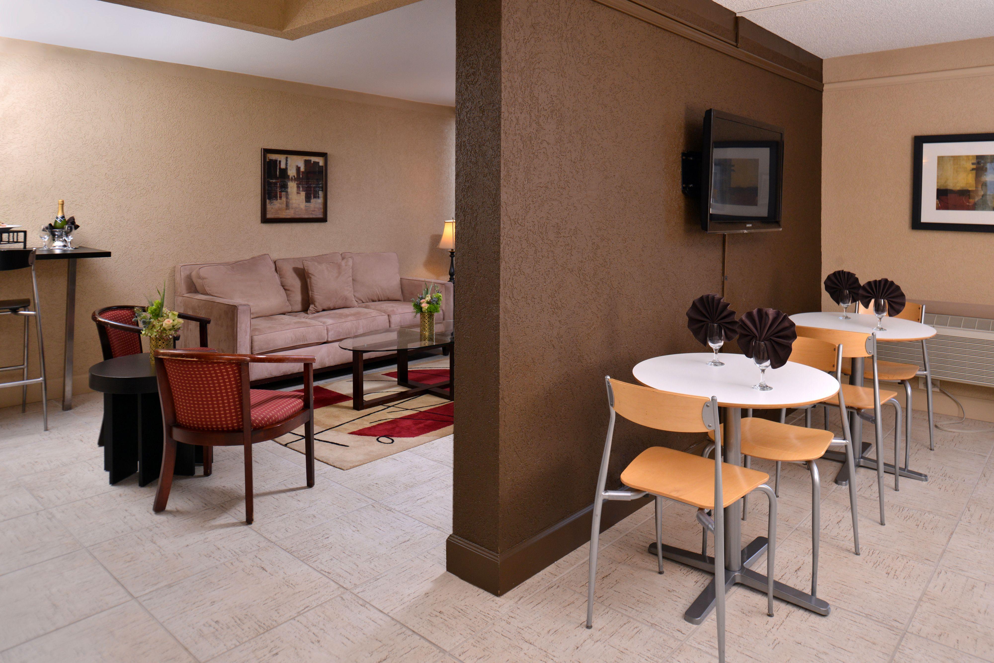 Holiday Inn Portland- I-5 S (Wilsonville) image 9