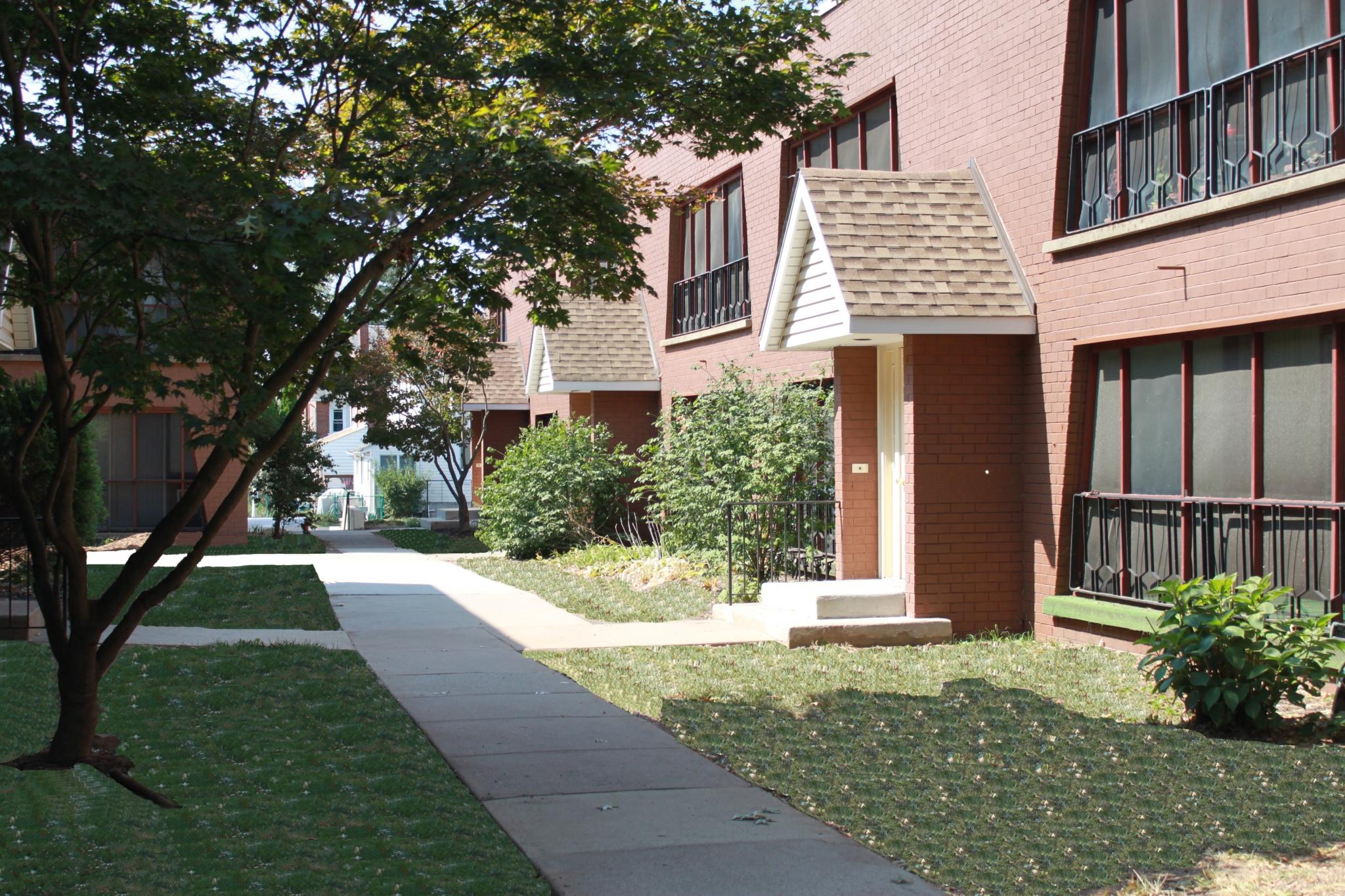 Lansdale Village Apartments image 4