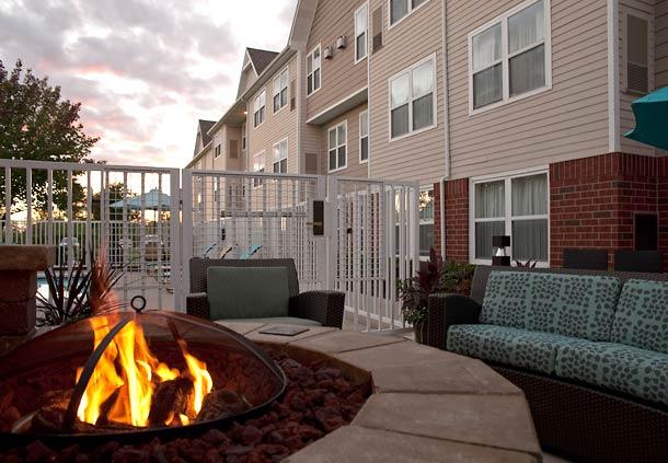 Residence Inn by Marriott Grand Rapids West image 11