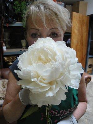 Janes Roses & Flowers