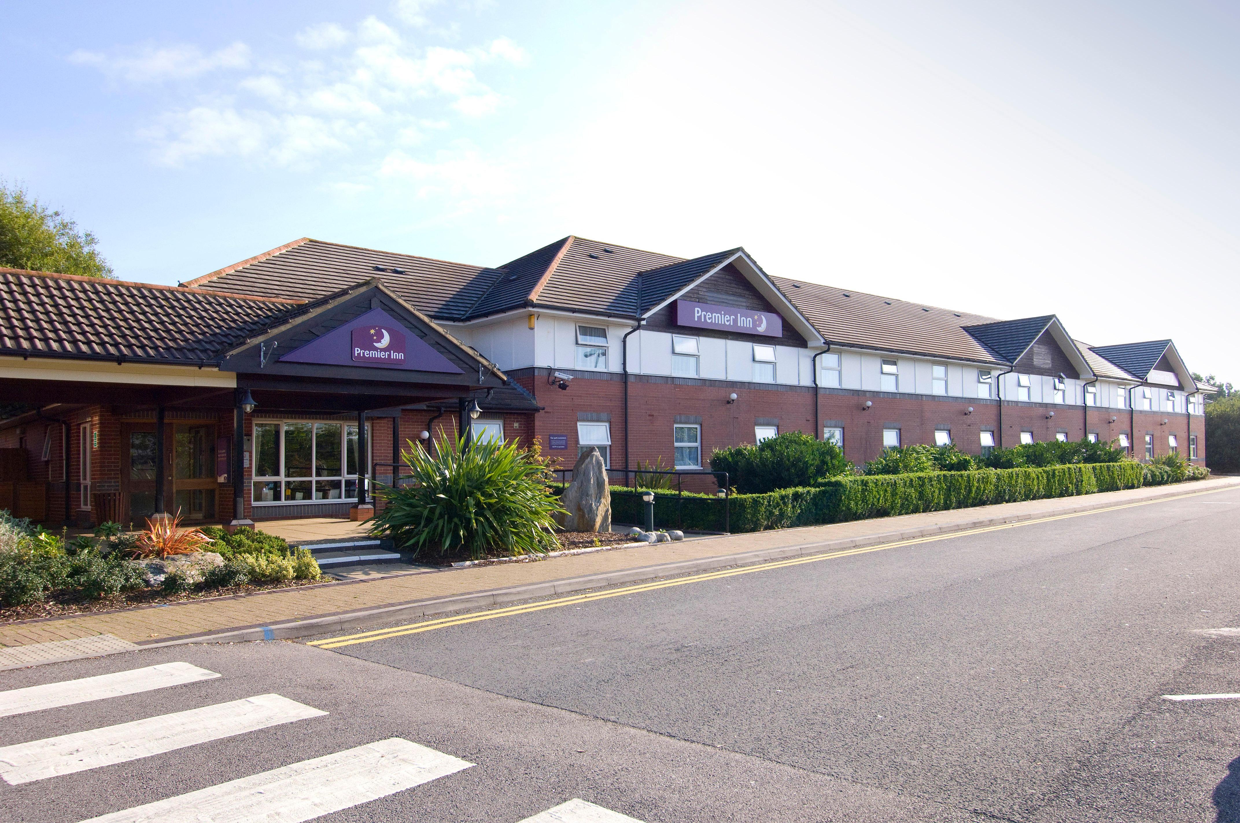 Premier Inn Bristol South hotel