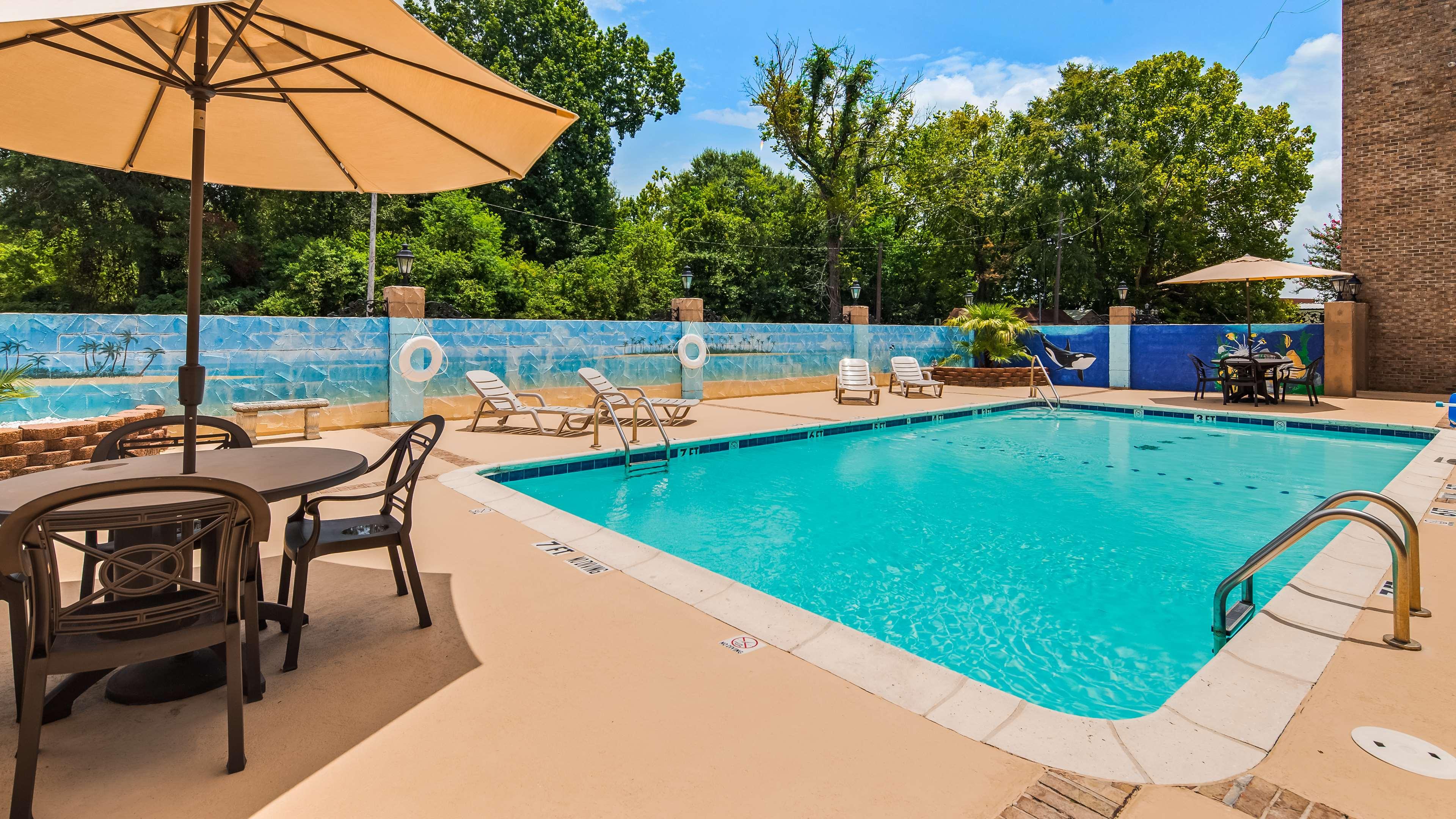 SureStay Plus Hotel by Best Western Baton Rouge image 7