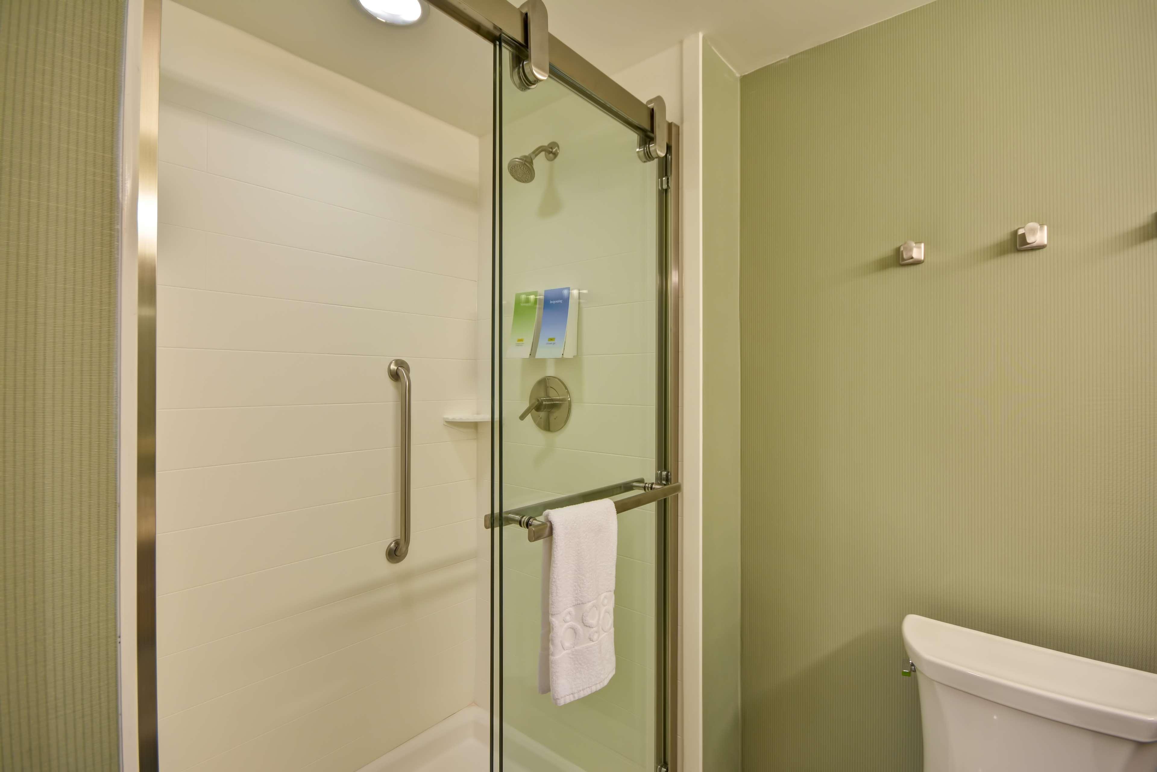 Home2 Suites by Hilton  St. Simons Island image 40