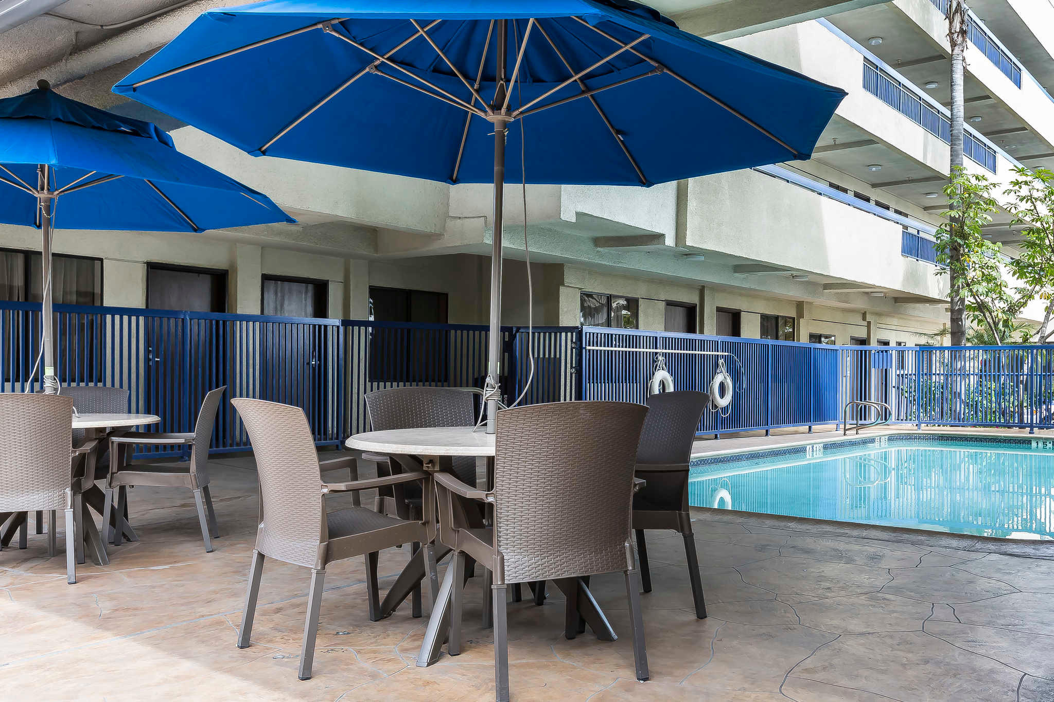Quality Inn & Suites Los Angeles Airport - LAX image 25