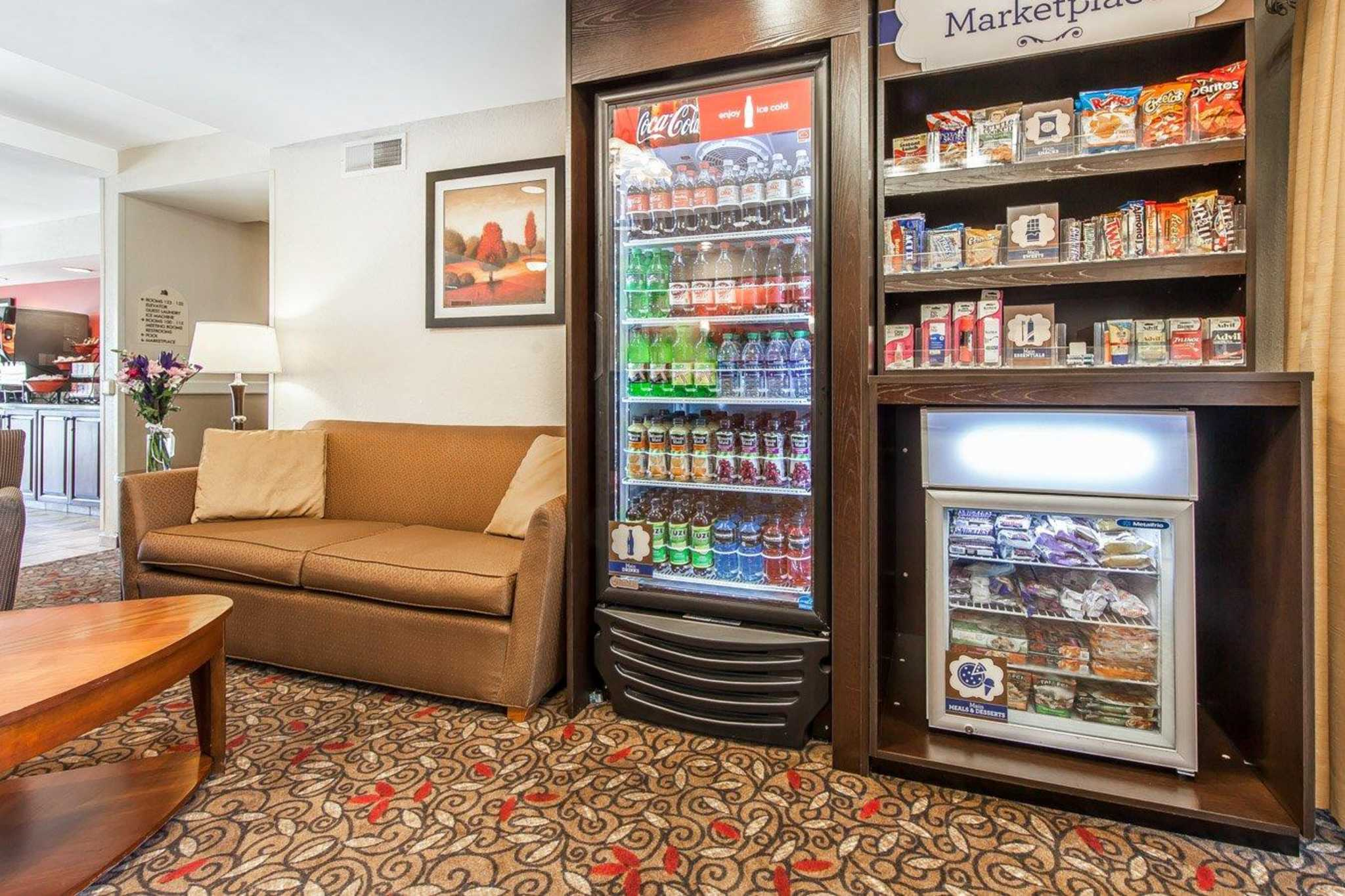 MainStay Suites Knoxville Airport image 35