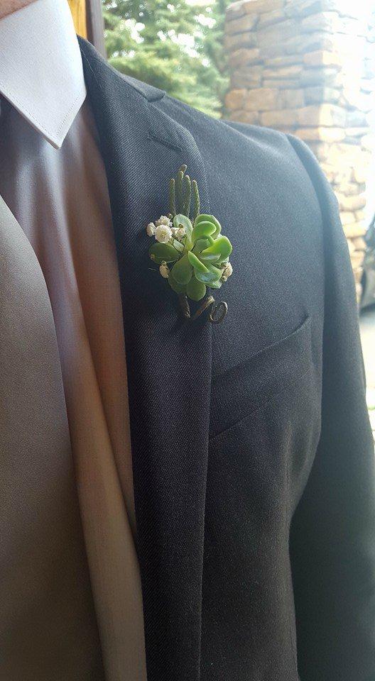 He Loves Me! Flowers