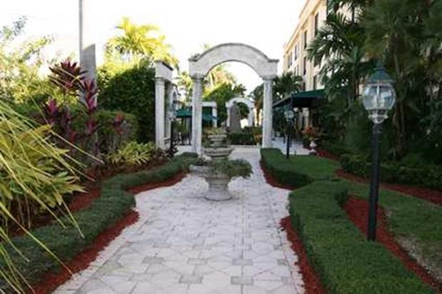 Hampton Inn Palm Beach Gardens In Palm Beach Gardens Fl 33410 Citysearch