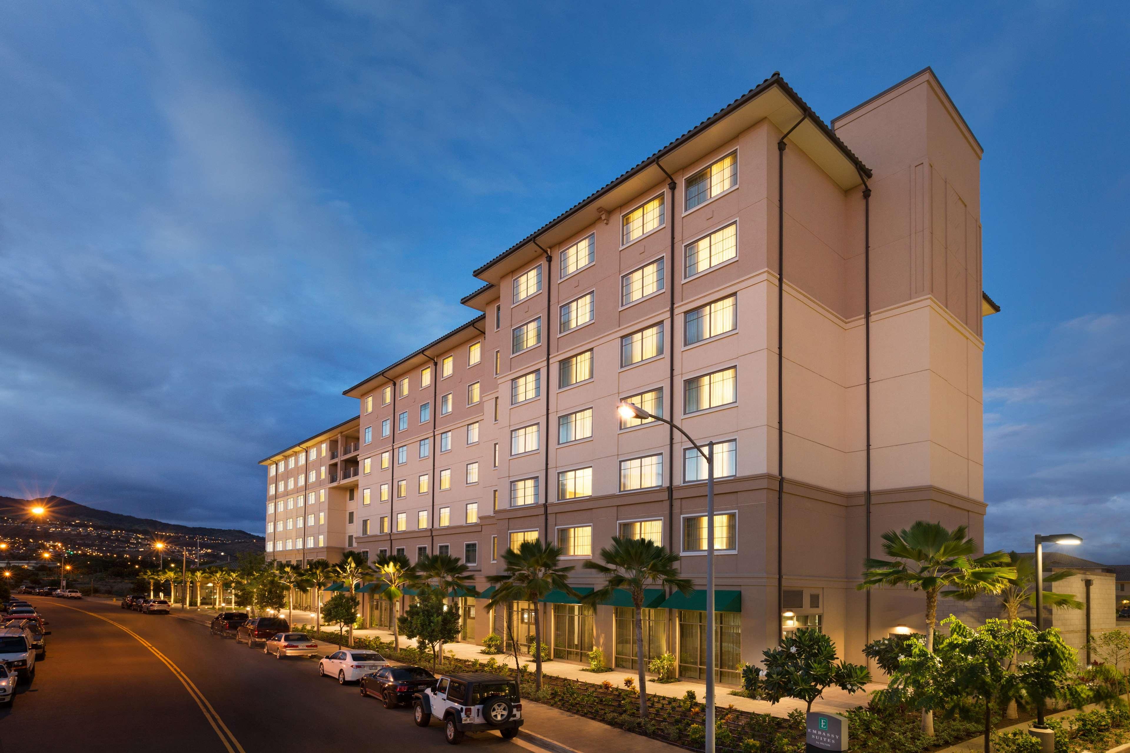 Embassy Suites by Hilton Oahu Kapolei image 2