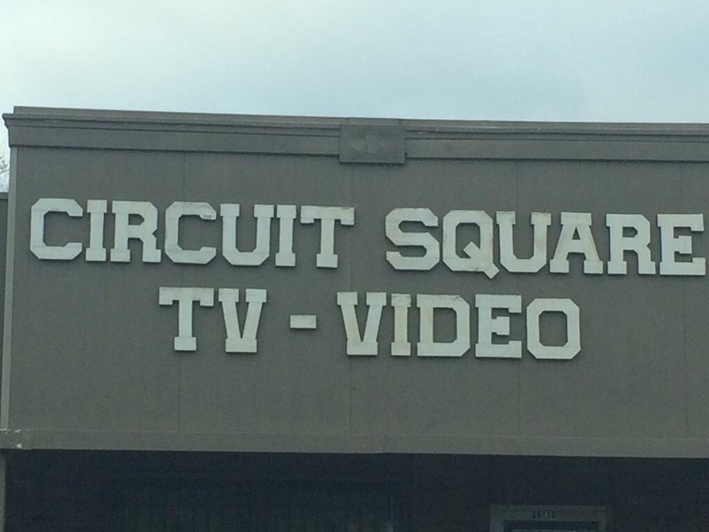 Circuit Square TV image 8