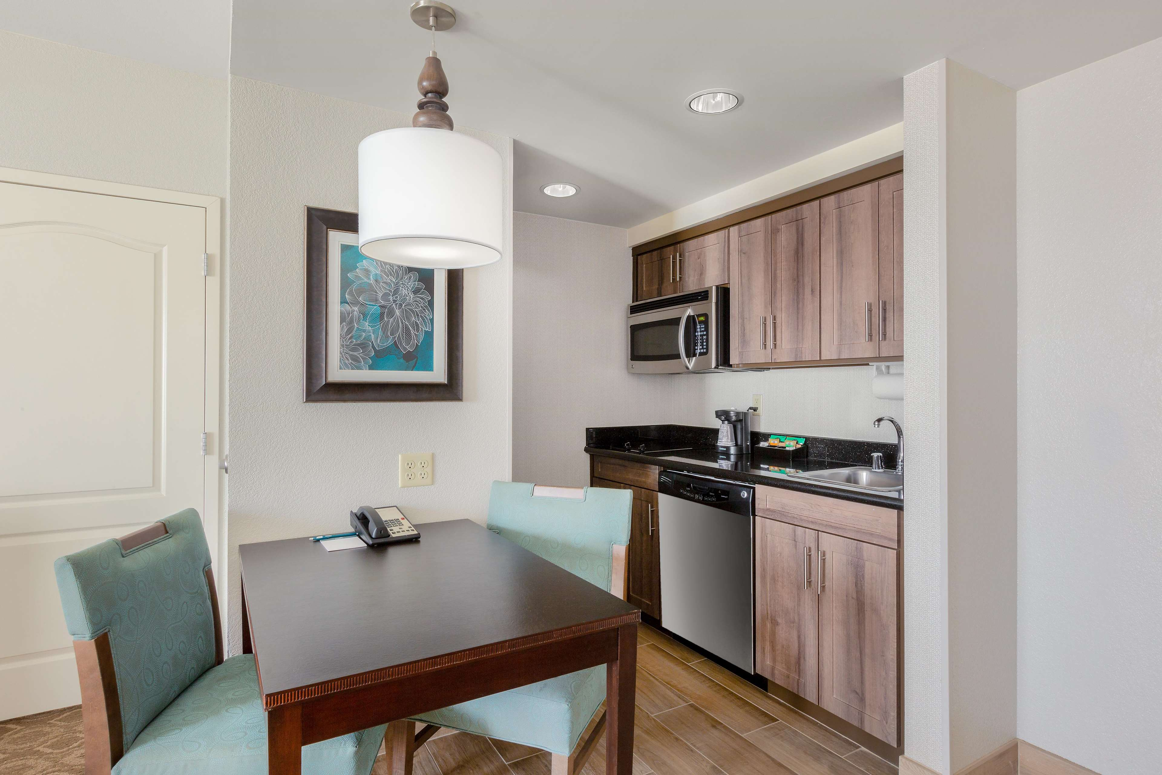 Homewood Suites by Hilton Carlsbad-North San Diego County image 25