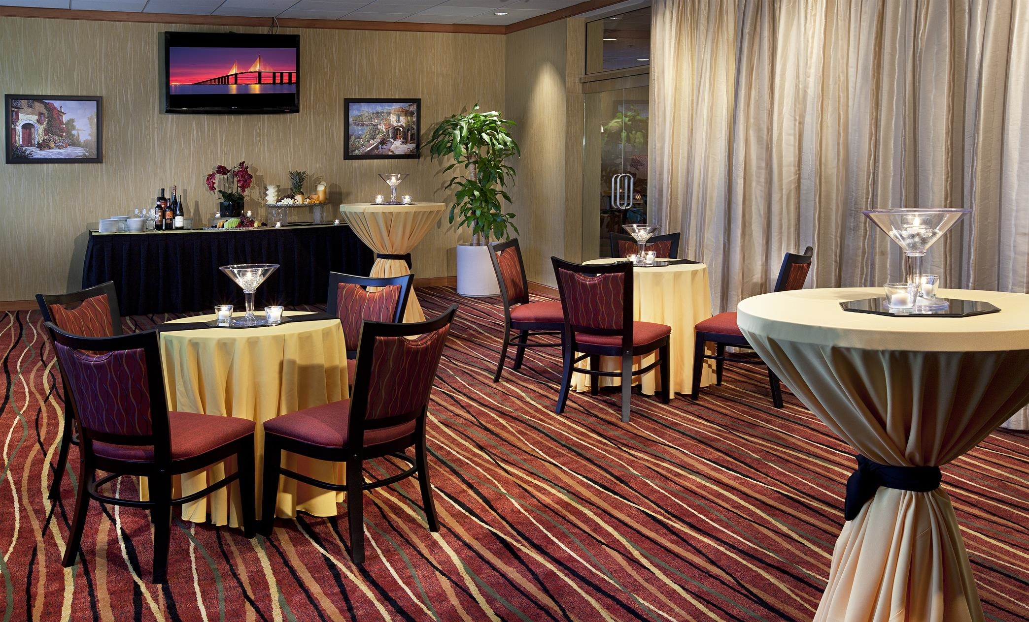 DoubleTree by Hilton Hotel Tampa Airport - Westshore image 35