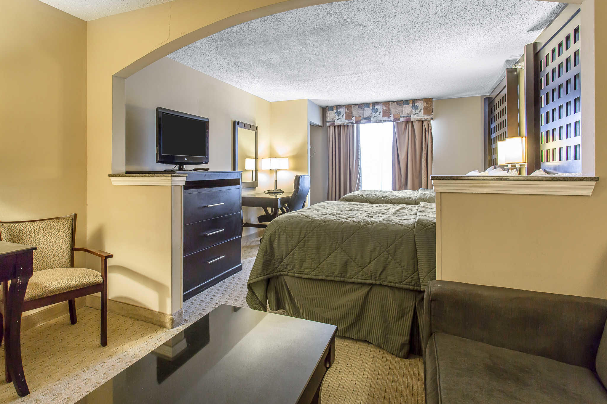Quality Inn & Suites Durant image 20