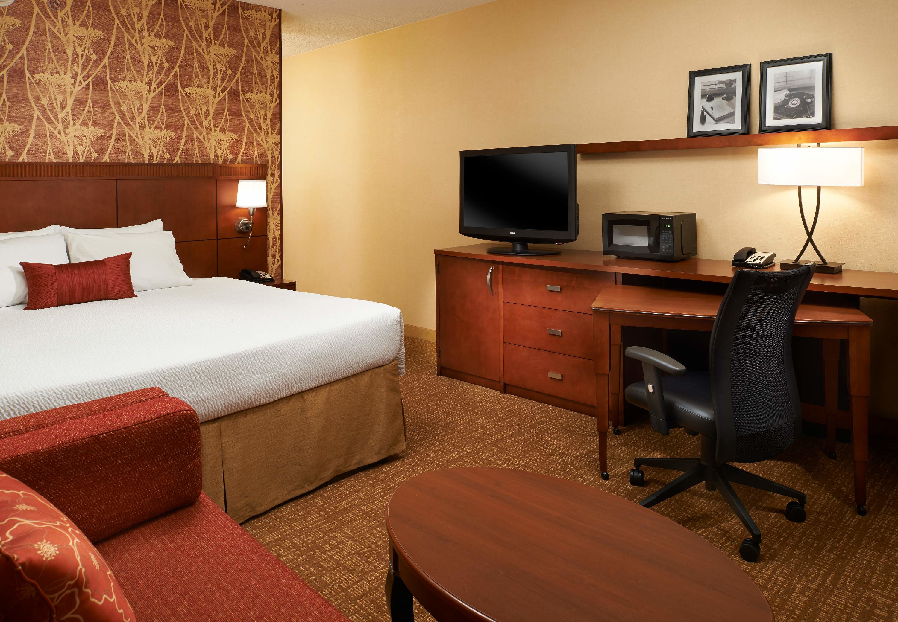 Courtyard By Marriott Indianapolis Castleton In Indianapolis In Whitepages