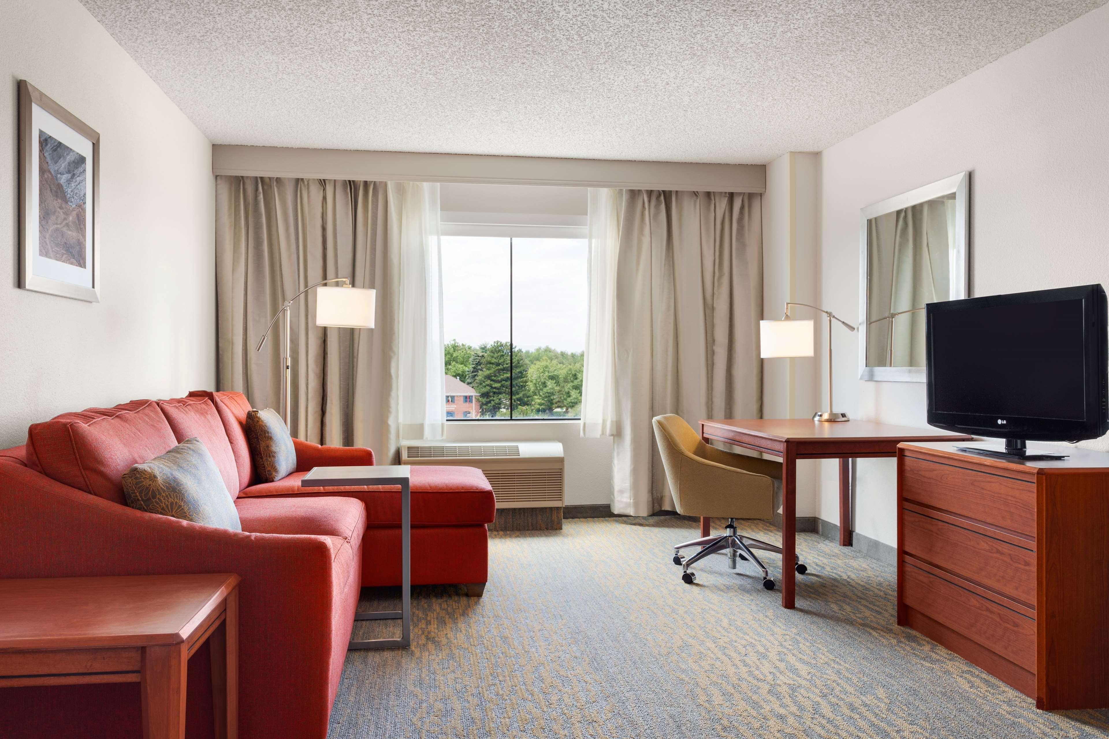 Hampton Inn & Suites Denver-Cherry Creek image 24