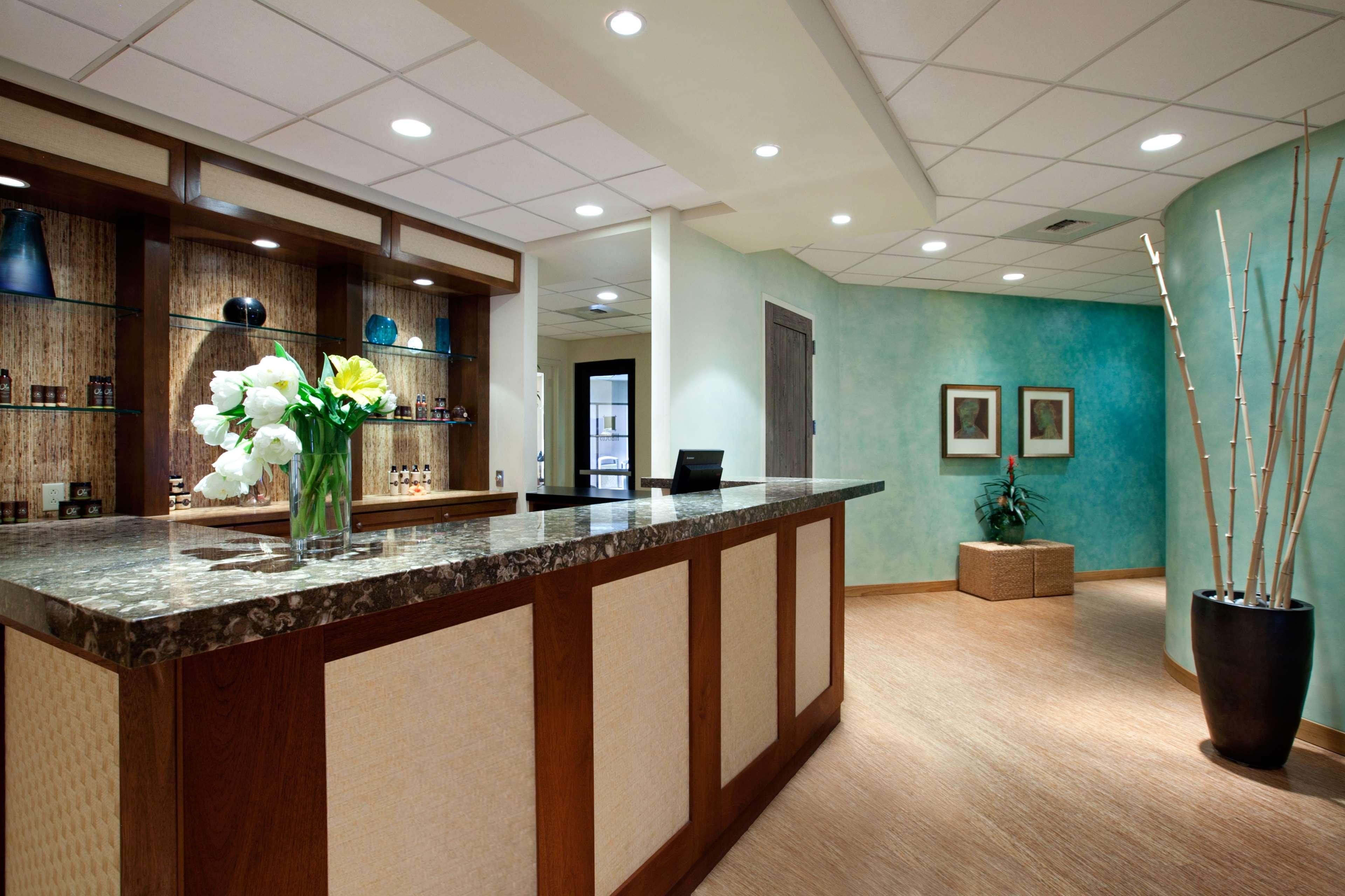 Embassy Suites by Hilton La Quinta Hotel & Spa image 37