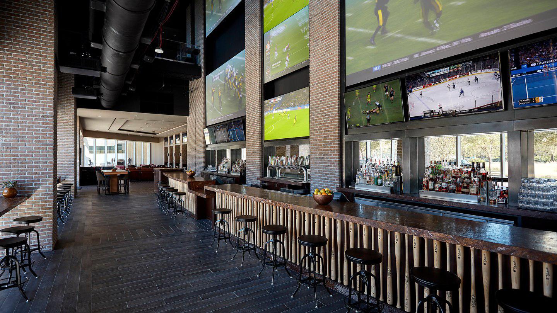 Biggio's Sports Bar image 0