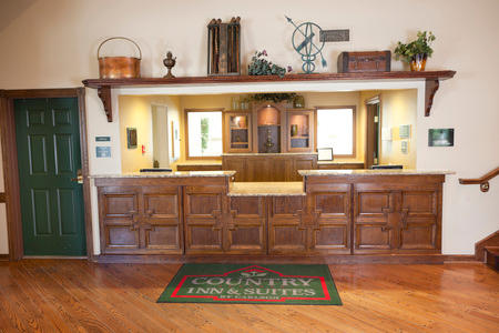 Country Inn & Suites by Radisson, Chanhassen, MN image 1