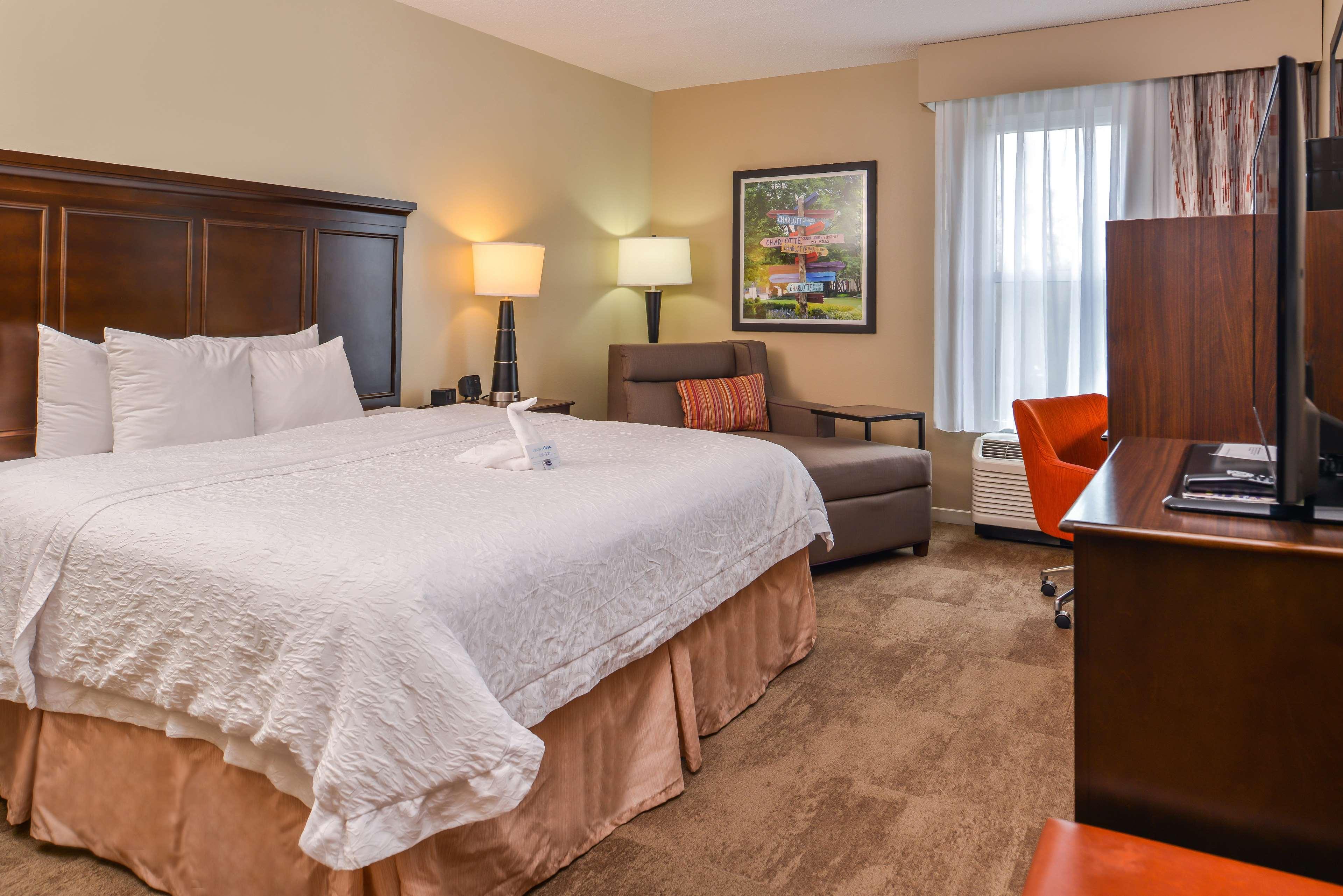 Hampton Inn & Suites Charlotte-Arrowood Rd. image 26